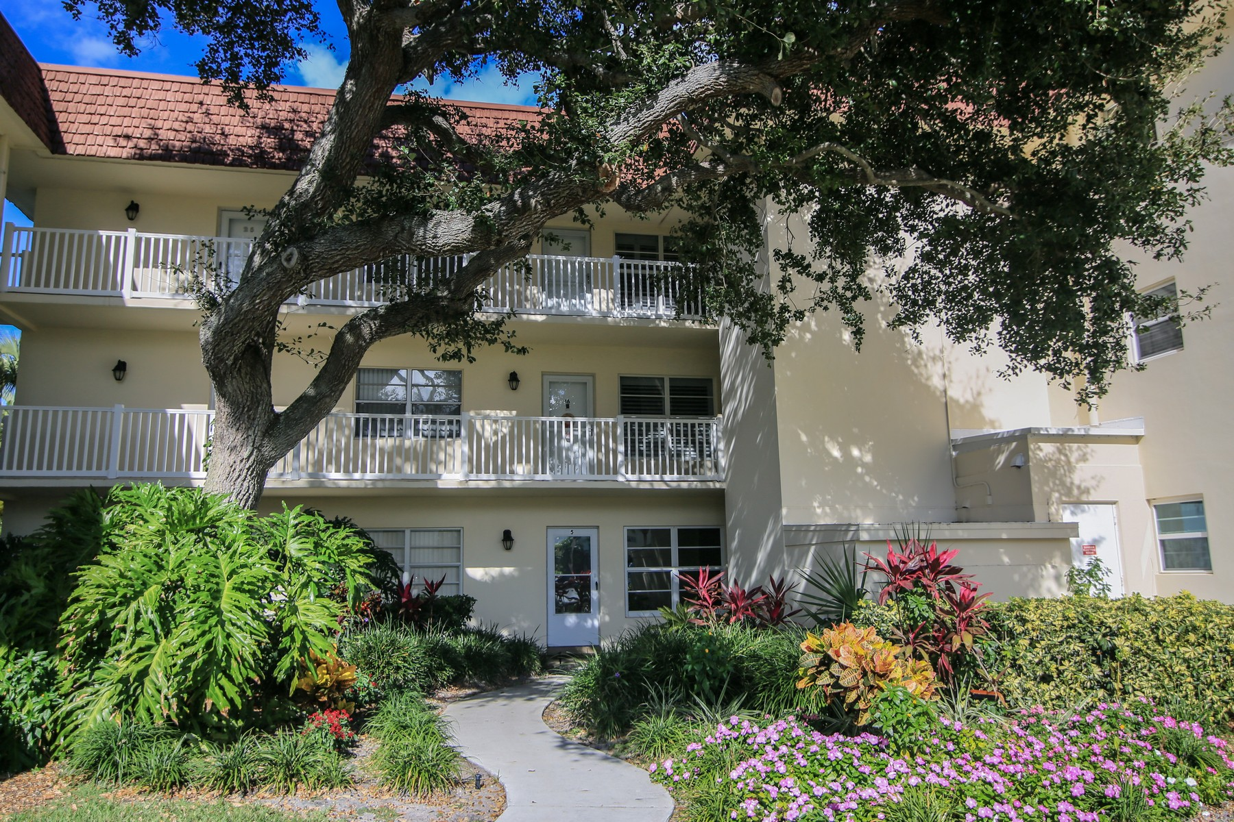 Condominium for Sale at Oceanside Condo 5400 Highway A1A, #B26 Indian River Shores, Florida 32963 United States