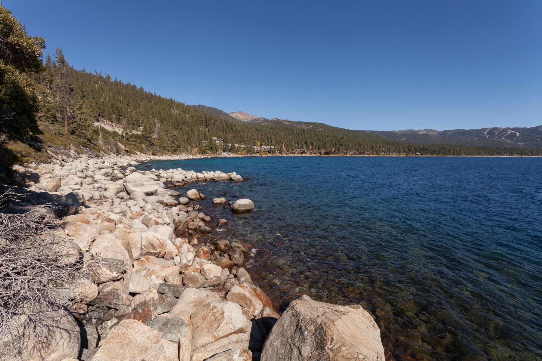 Additional photo for property listing at Lakefront Property in Nevada 451 State Route 28 Incline Village, 内华达州 89451 美国