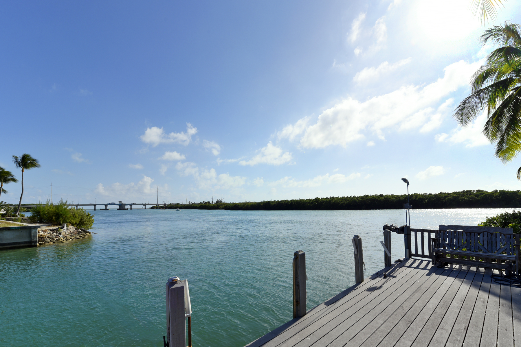 Additional photo for property listing at Stately Canal Front  Estate 161 Palo De Oro Drive Islamorada, Florida 33036 Hoa Kỳ