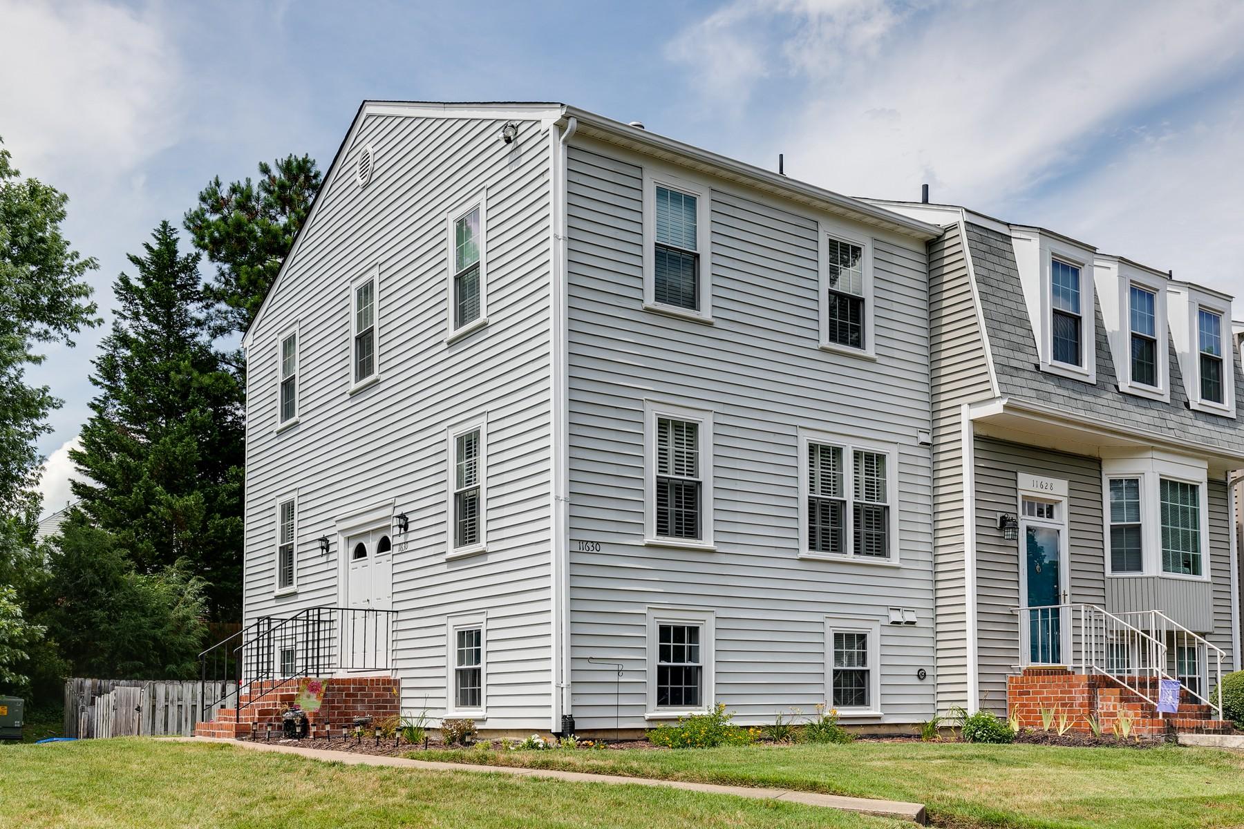 townhouses por un Venta en 11630 Timberly Waye Henrico, Virginia 23238 Estados Unidos