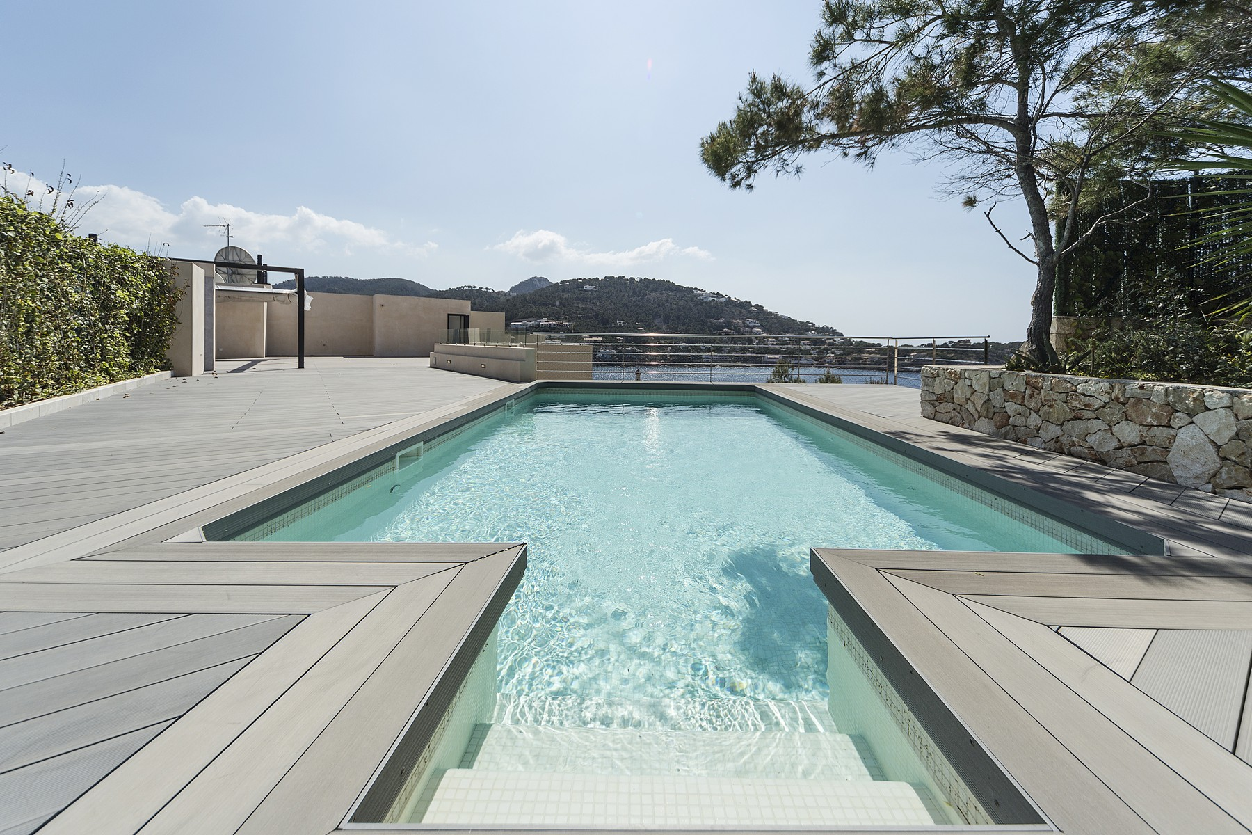Single Family Home for Sale at Luxury penthouse with beach access, Port Andratx Port Andratx, Mallorca, Spain