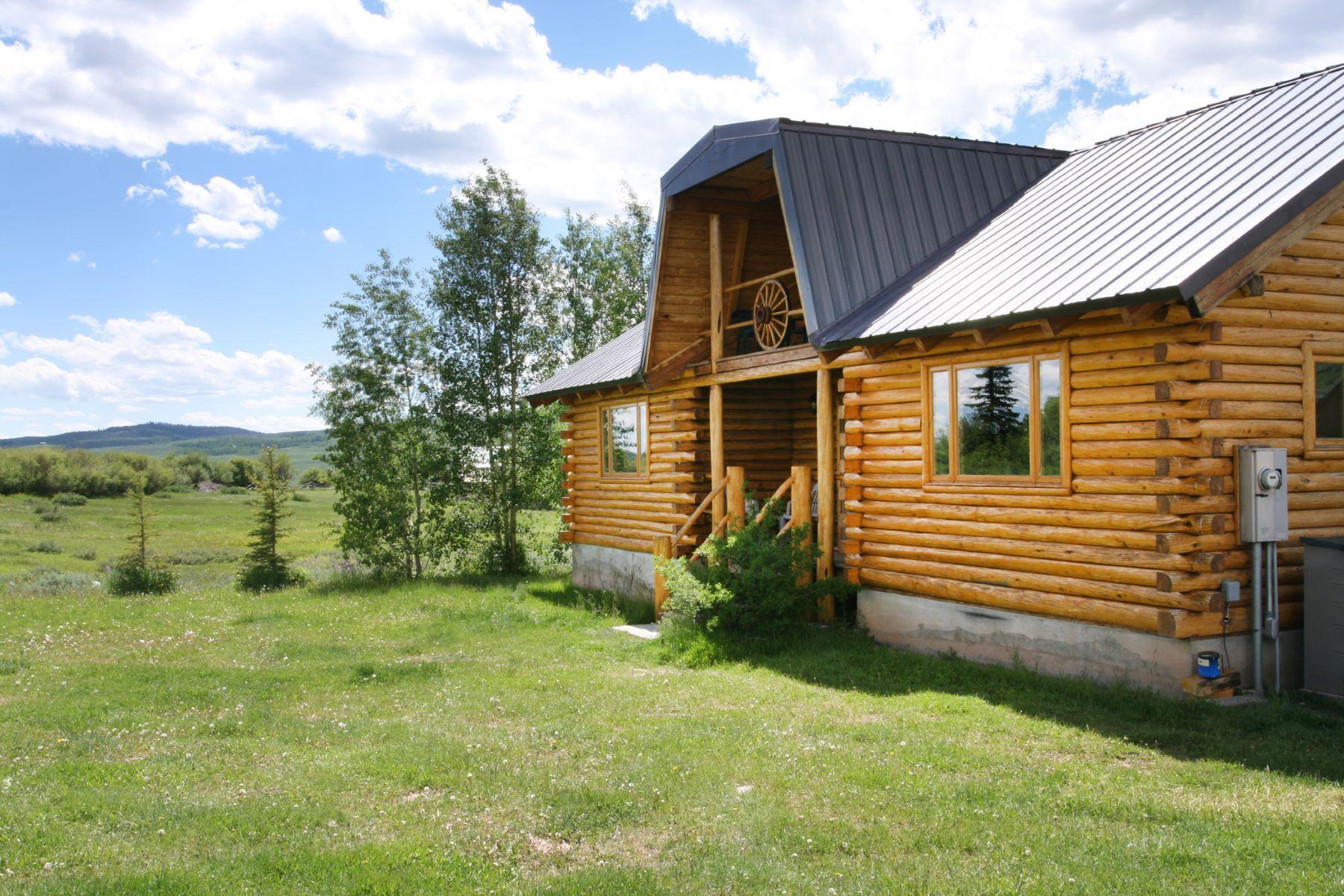 Maison unifamiliale pour l Vente à Cabin Near Green River Lake 33 Gypsum Creek Road Cora, Wyoming, 82925 Jackson Hole, États-Unis