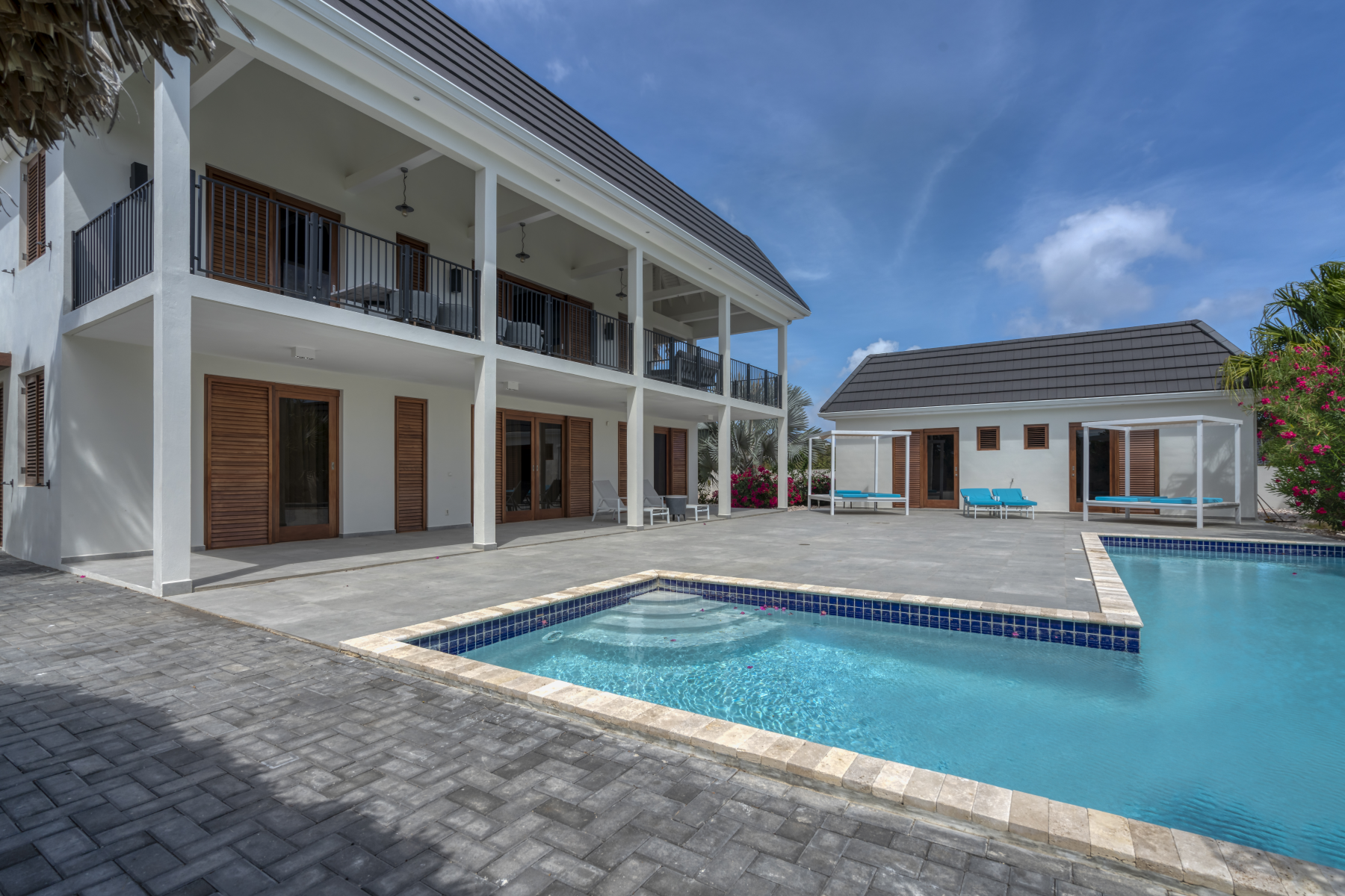Multi-Family Homes for Sale at Vista Royal Twin Villas N1 & N2 Willemstad, Curacao