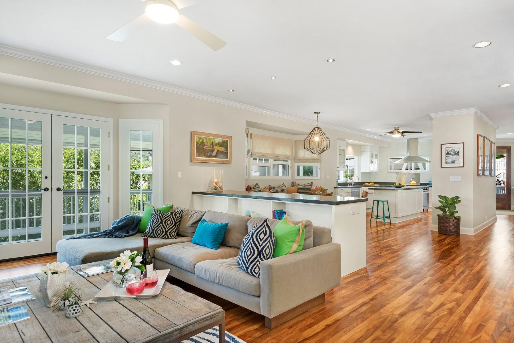 Single Family Home for Sale at Elegant Nuuanu Dowsett Estate 3005 Hoaloha Pl Honolulu, Hawaii 96817 United States