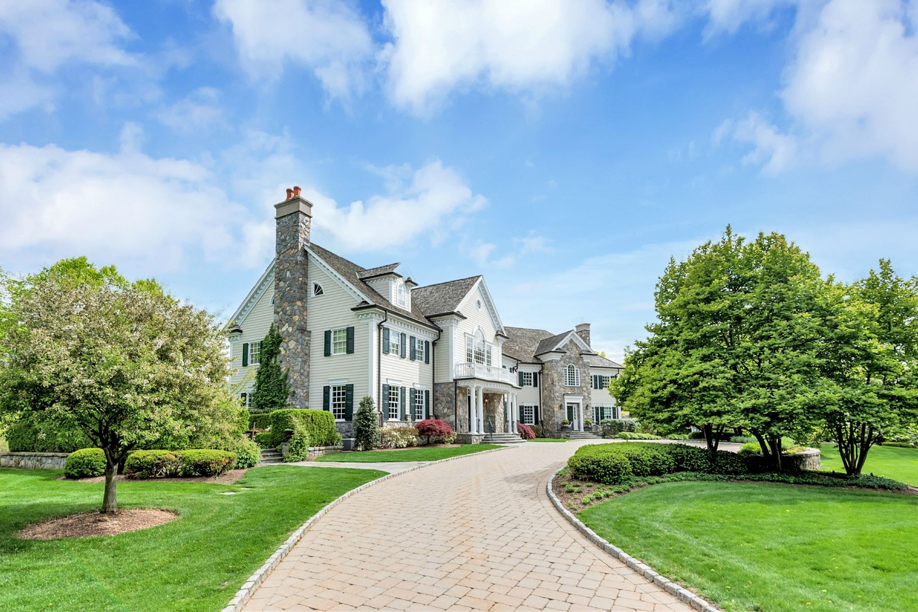 Single Family Home for Sale at Spectacular Private Oasis 930 Old Mill Road Franklin Lakes, New Jersey 07417 United States