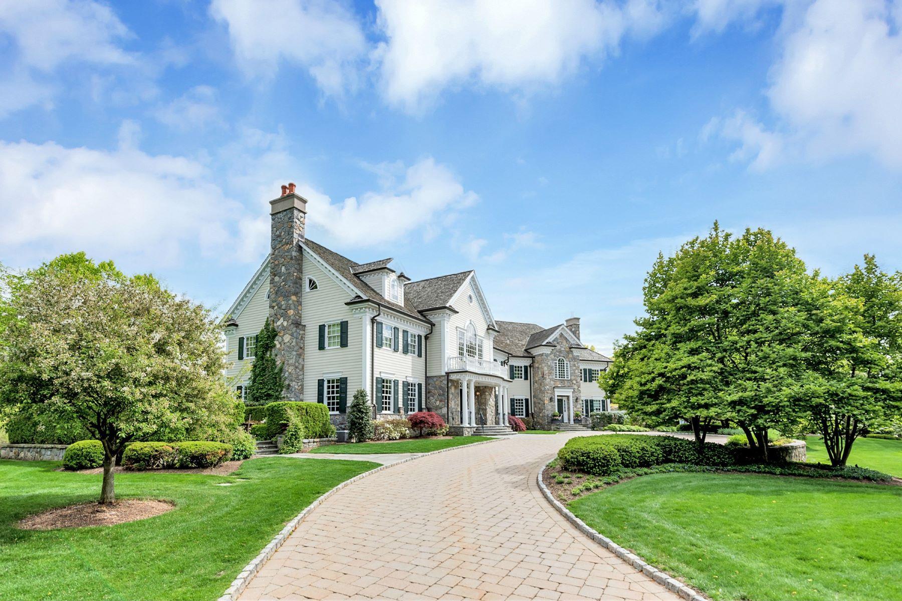 Einfamilienhaus für Verkauf beim Spectacular Private Oasis 930 Old Mill Road Franklin Lakes, New Jersey, 07417 Vereinigte Staaten