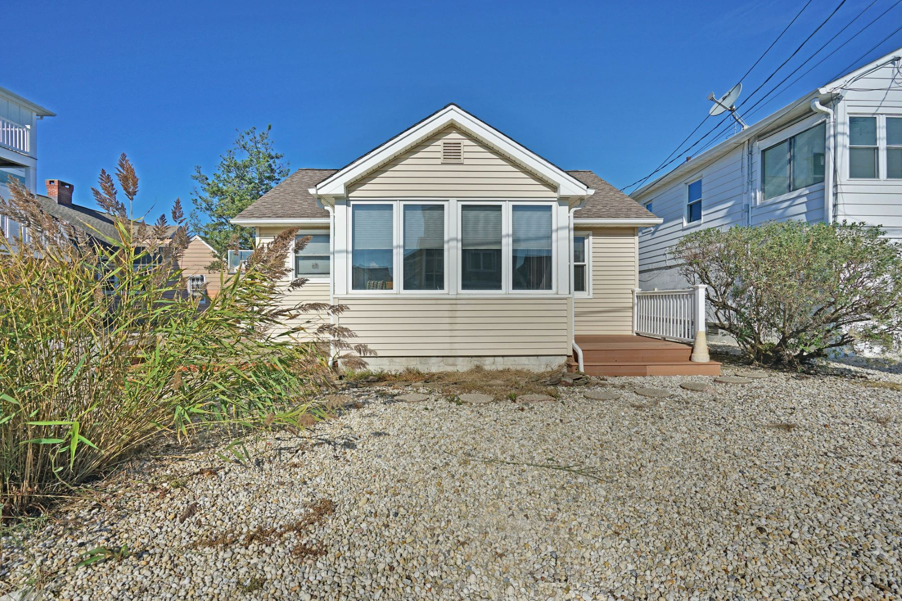 Single Family Homes for Sale at Manasquan Getaway 7 Meadow Avenue Manasquan, New Jersey 08736 United States