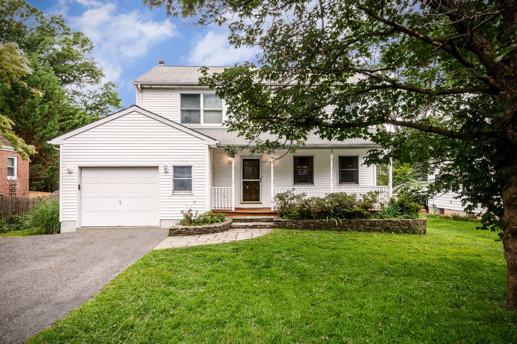 Property por un Venta en A Commuter's Dream 12 Scott Avenue, West Windsor, Nueva Jersey 08550 Estados Unidos