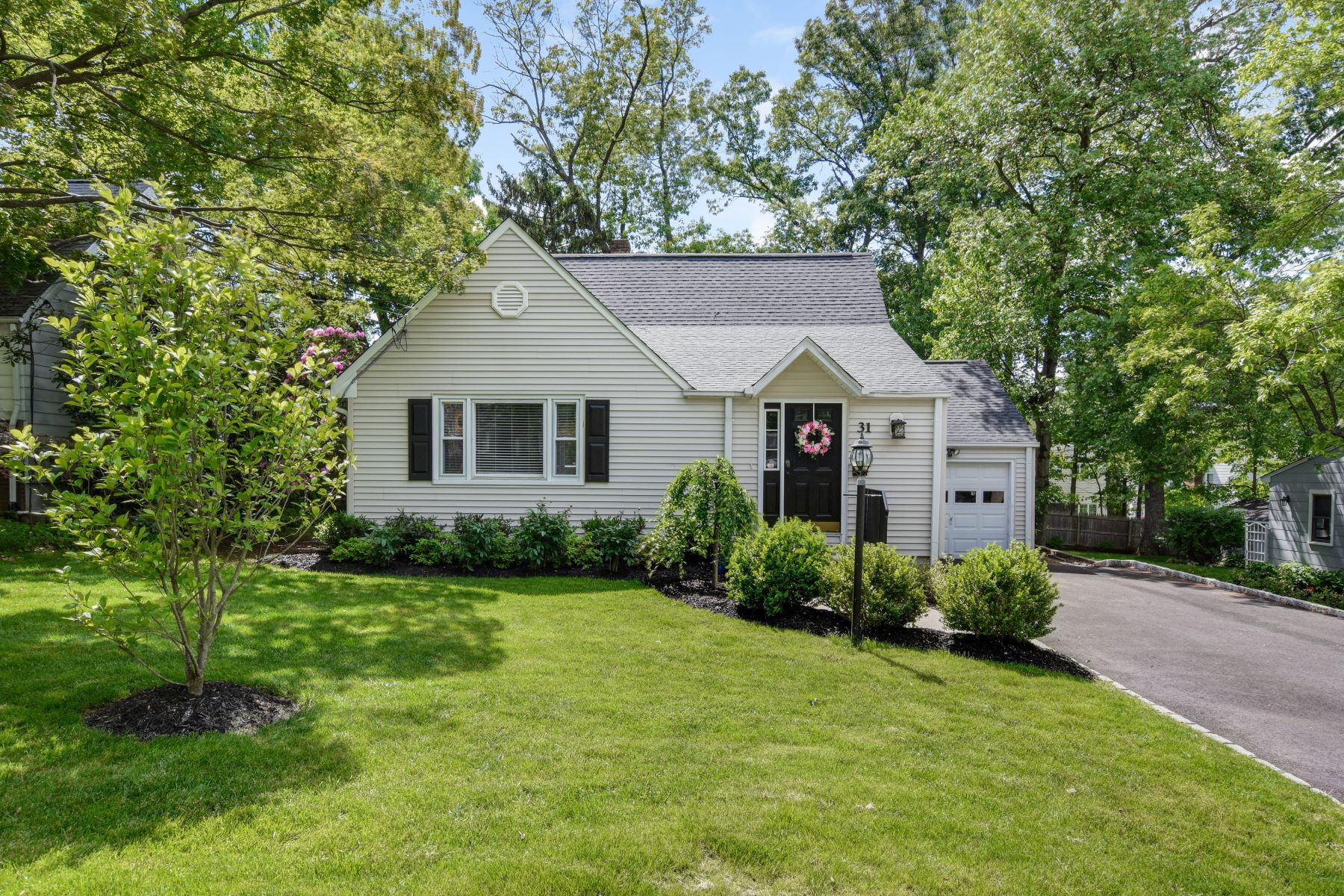 Single Family Homes for Sale at Fabulous Cape 31 Salem Road New Providence, New Jersey 07974 United States