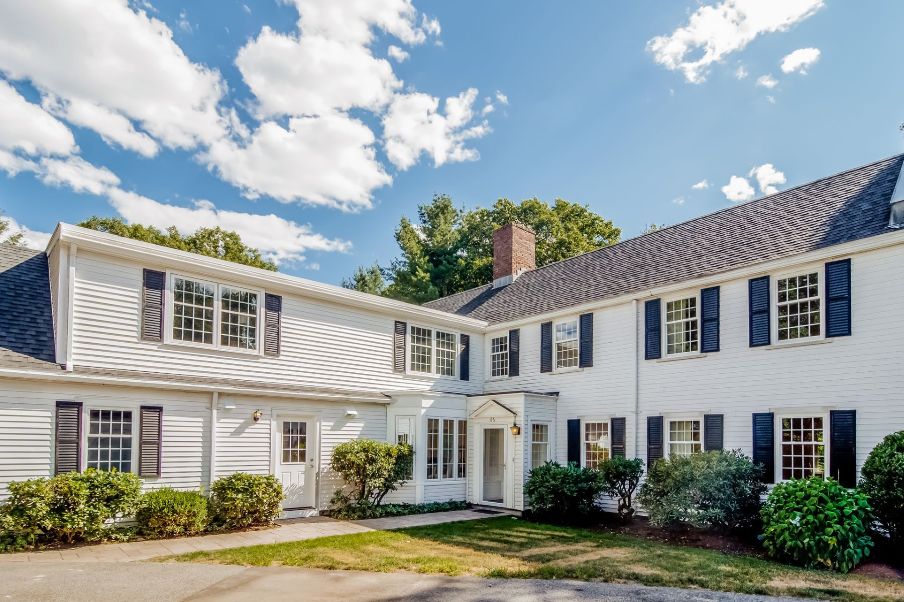 Condominium for Active at 66 Fairgreen Pl 66 Brookline, Massachusetts 02467 United States