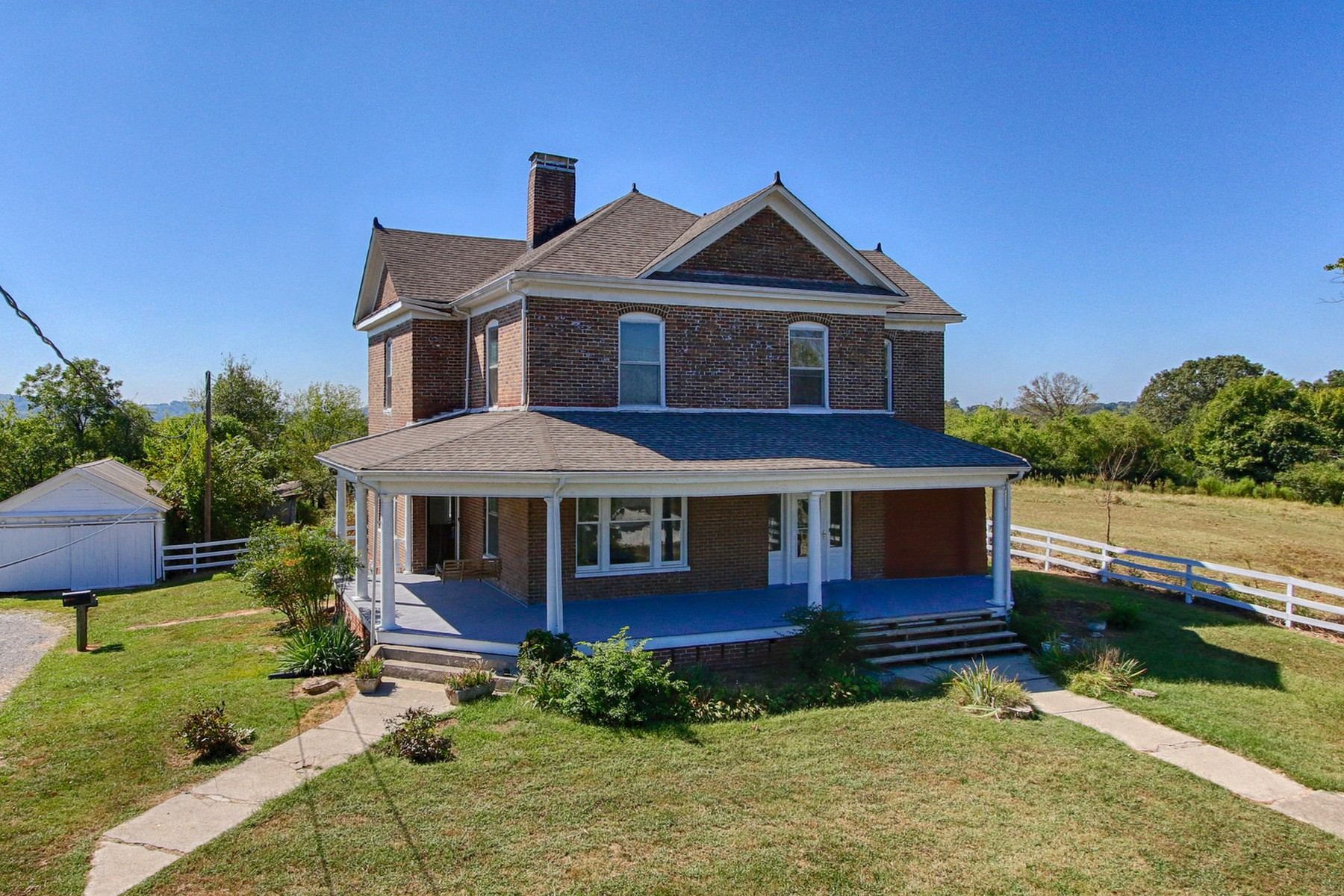 sales property at Historic Home In Sweetwater Valley