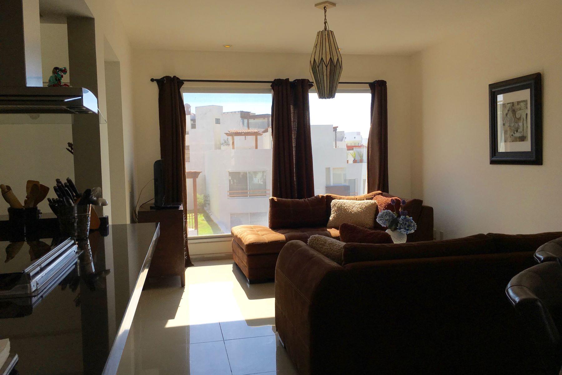 Additional photo for property listing at VISTA MAGNA Vista Magna Unit 30 San Miguel De Allende, Guanajuato 37755 México