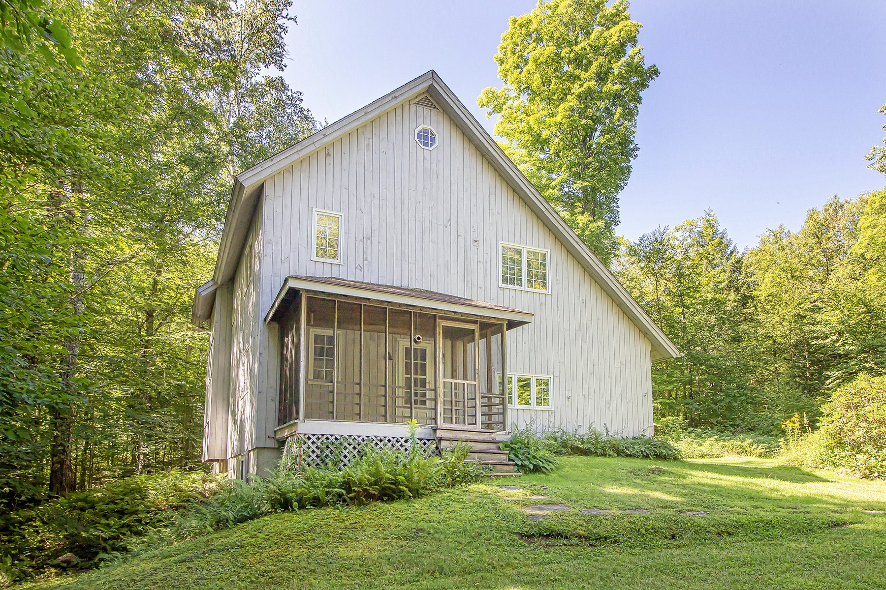 Single Family Homes for Sale at Country Home with a Pond 40 Yeaw Rd Dover, Vermont 05341 United States