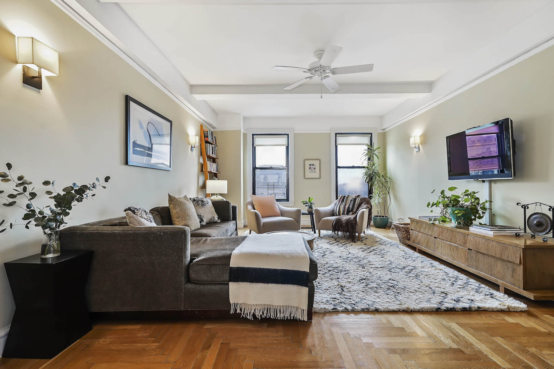 Co-op for Sale at 135 Eastern Parkway Apt 8F 135 Eastern Parkway Apt 8F Brooklyn, New York 11238 United States