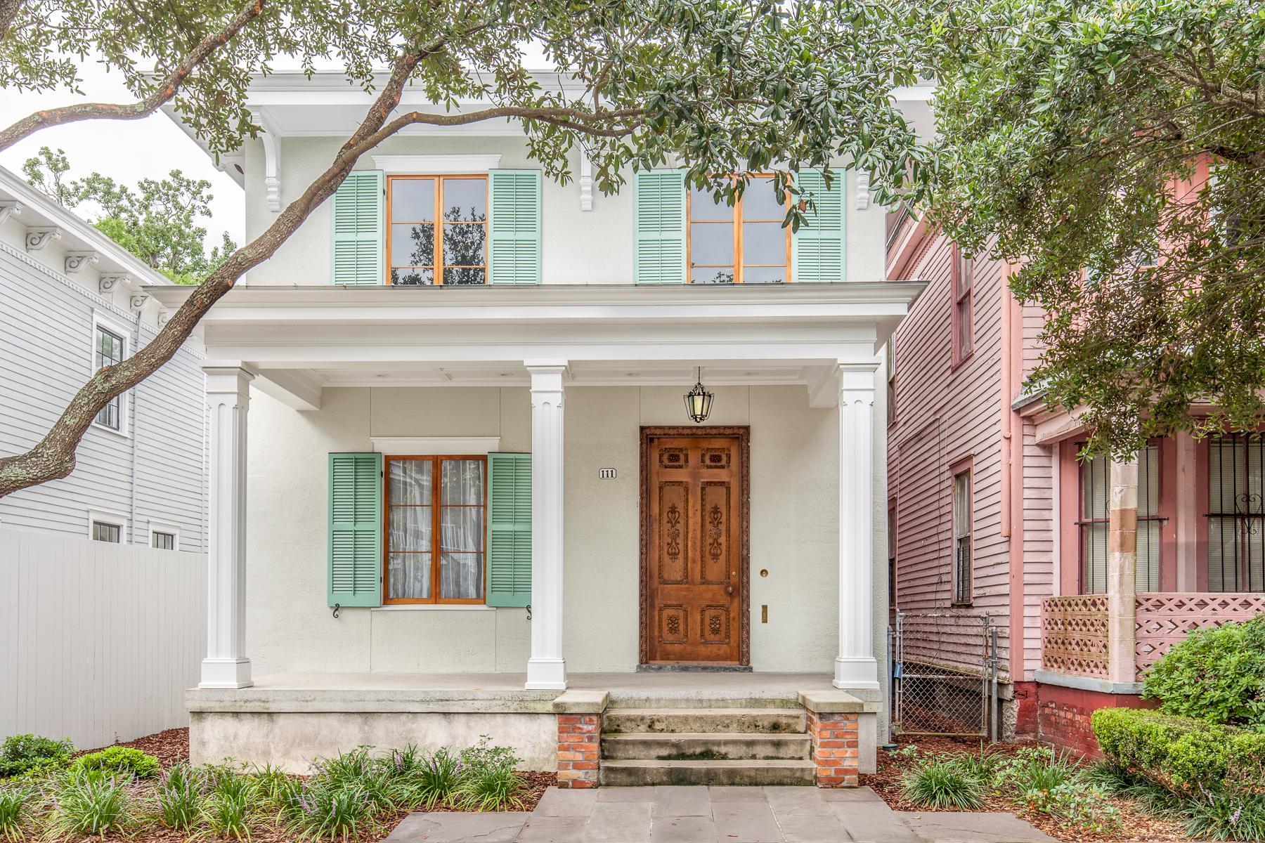 獨棟家庭住宅 為 出售 在 111 Brady St 111 Brady Street, Savannah, 喬治亞州, 31401 美國