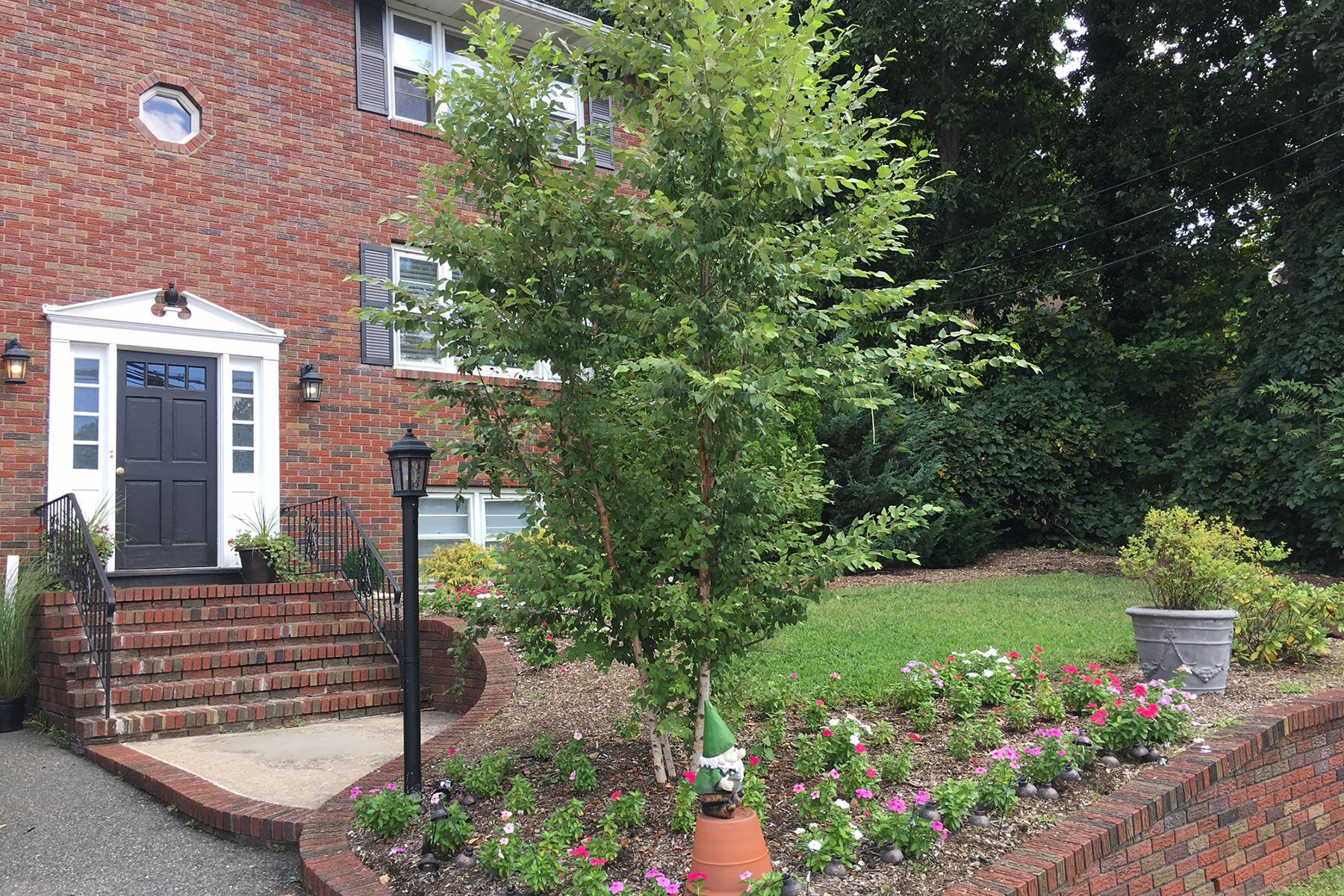 Multi-Family Home for Rent at Recently Renovated Two Family. 95 Rock Road Unit 2, Hawthorne, New Jersey 07506 United States