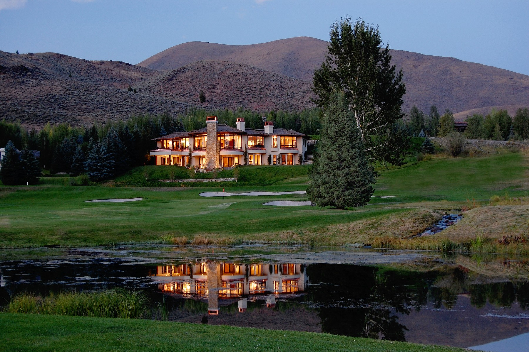 Single Family Homes for Sale at Overlooking The Bigwood Golf Course 350 North Bigwood Drive Ketchum, Idaho 83340 United States
