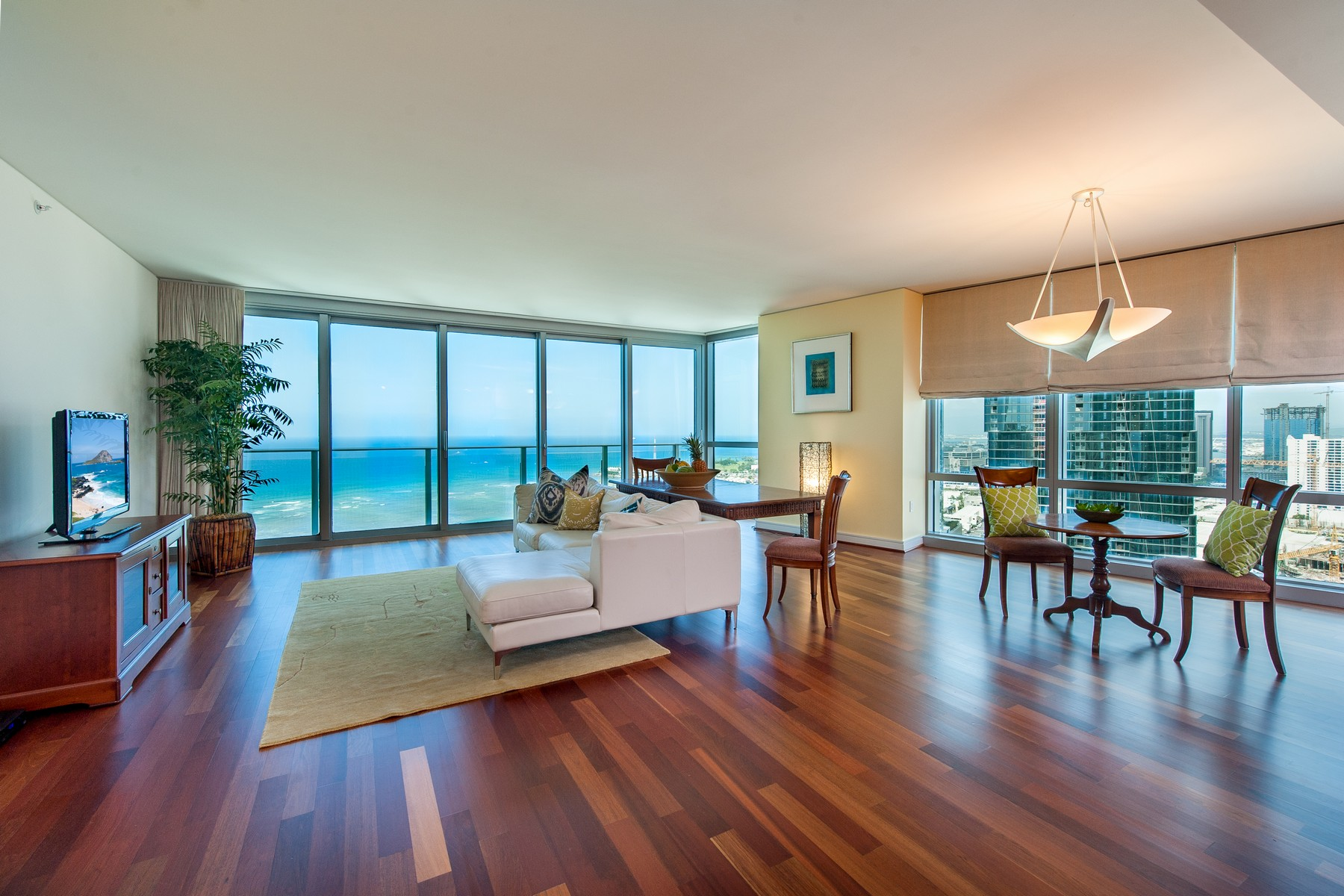 Condominiums 为 销售 在 Ocean Views 1288 Ala Moana Blvd #29A 火奴鲁鲁, 夏威夷 96814 美国