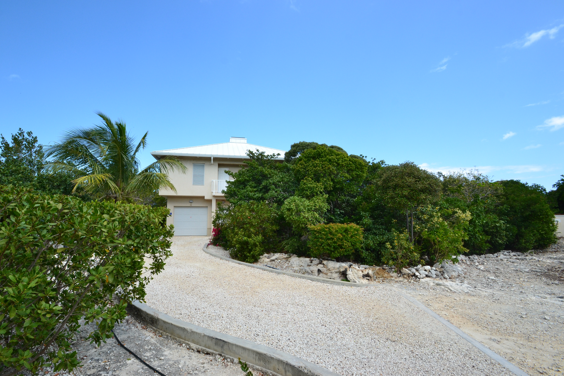 Additional photo for property listing at 2 EGRET CLOSE Canalfront Thompson Cove, Providenciales TKCA 1ZZ Turks And Caicos Islands