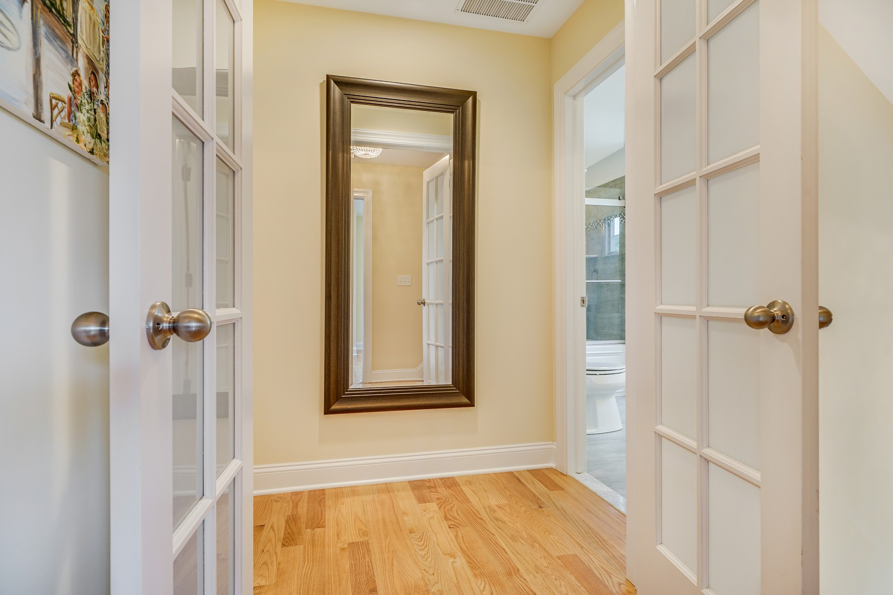 Additional photo for property listing at Urban Chic meets the Jersey Shore 403 Morgan Parkway Brielle, New Jersey 08730 United States