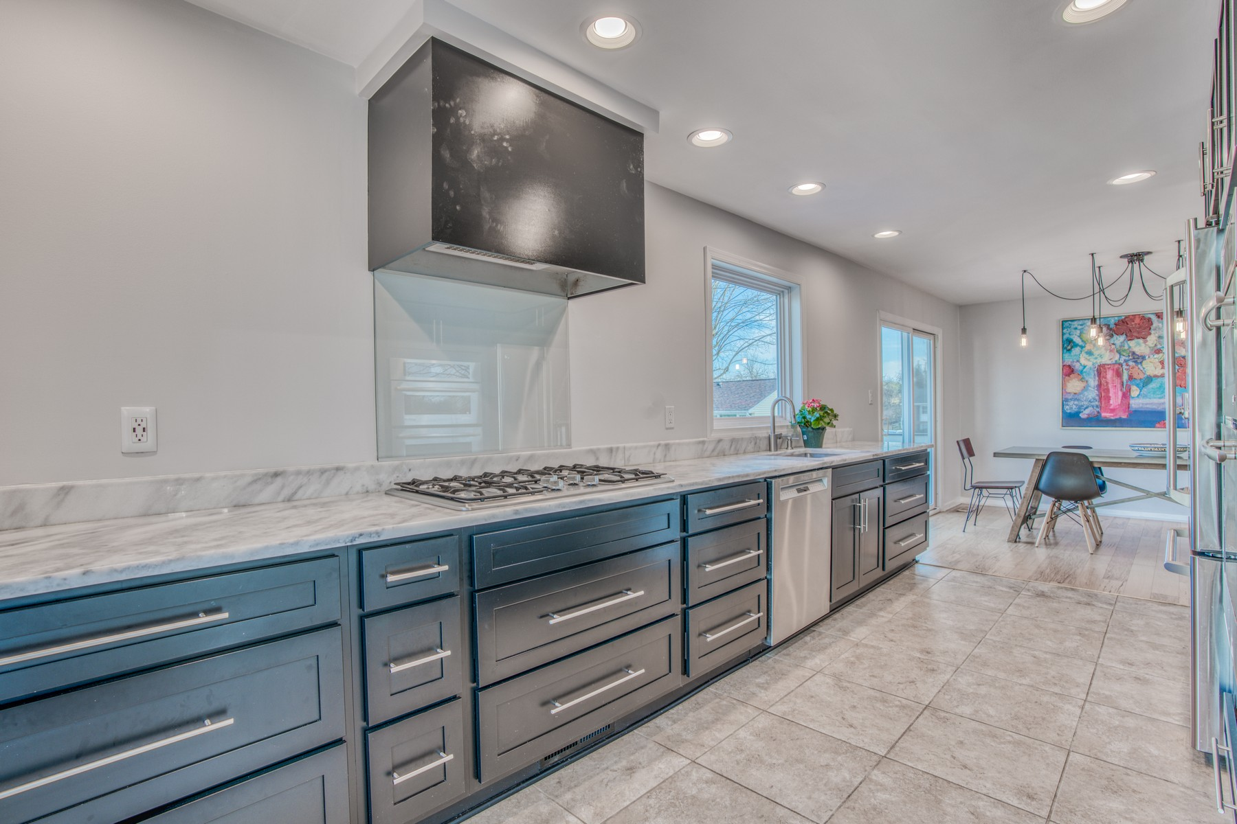 Single Family Homes for Sale at Chic, Sophisticated, and Contemporary 3 Silent Meadow Court Cockeysville, Maryland 21030 United States