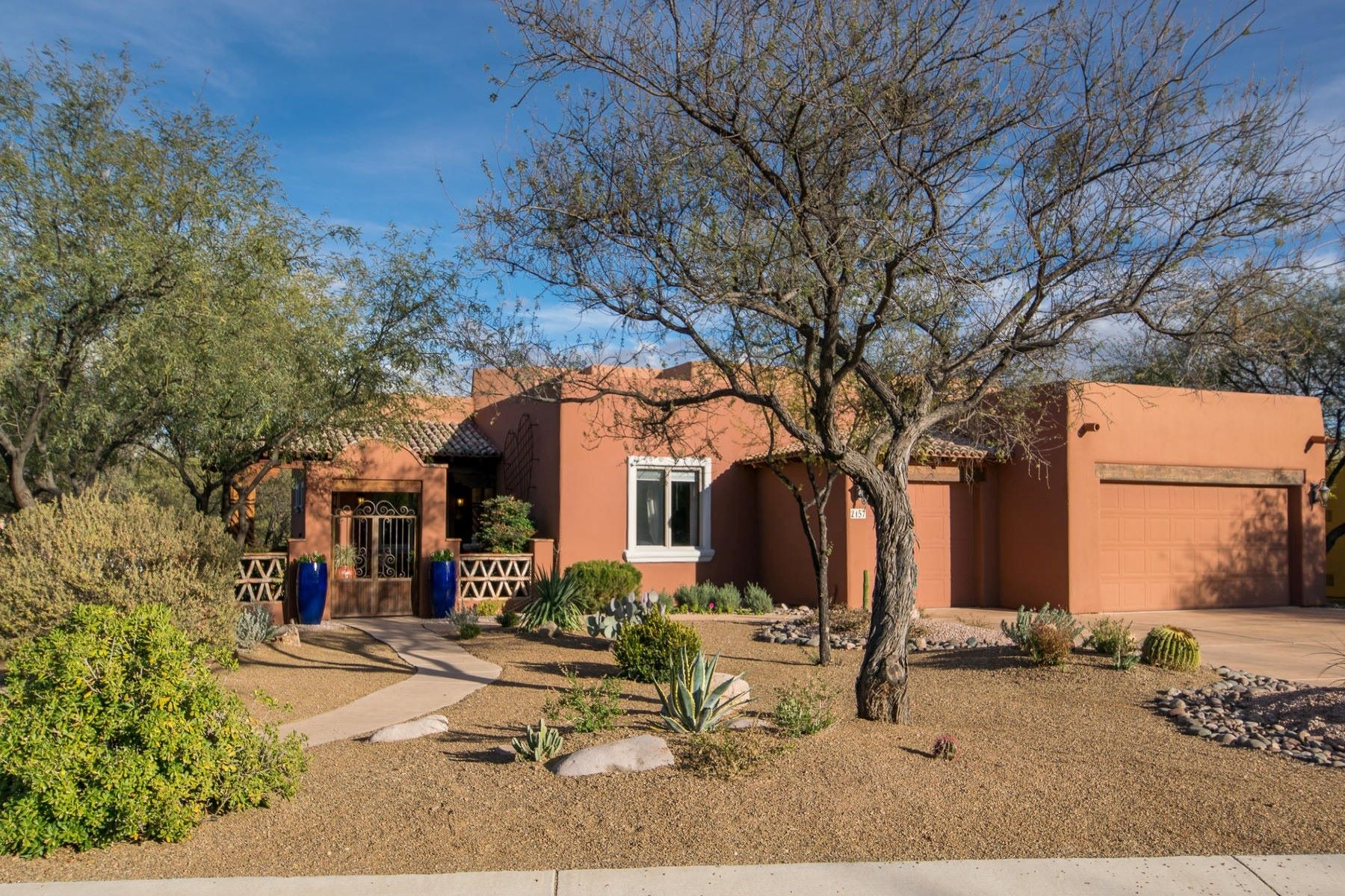 Single Family Home for Sale at Spectacular home on 1/3 acre 2157 Bautista Court, Tubac, Arizona, 85646 United States
