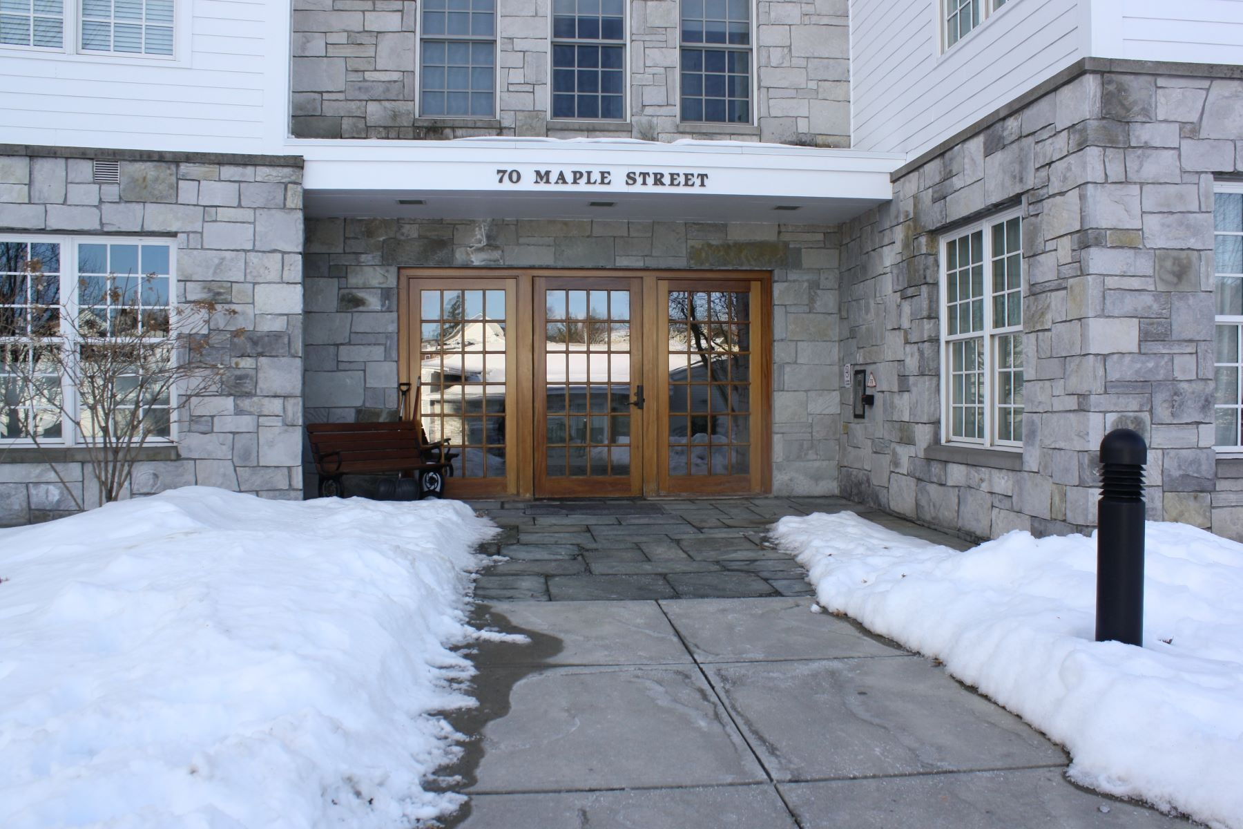 Condominiums for Sale at 2 bedroom convenient Marble Works condo 70 Maple Street 306 Middlebury, Vermont 05753 United States