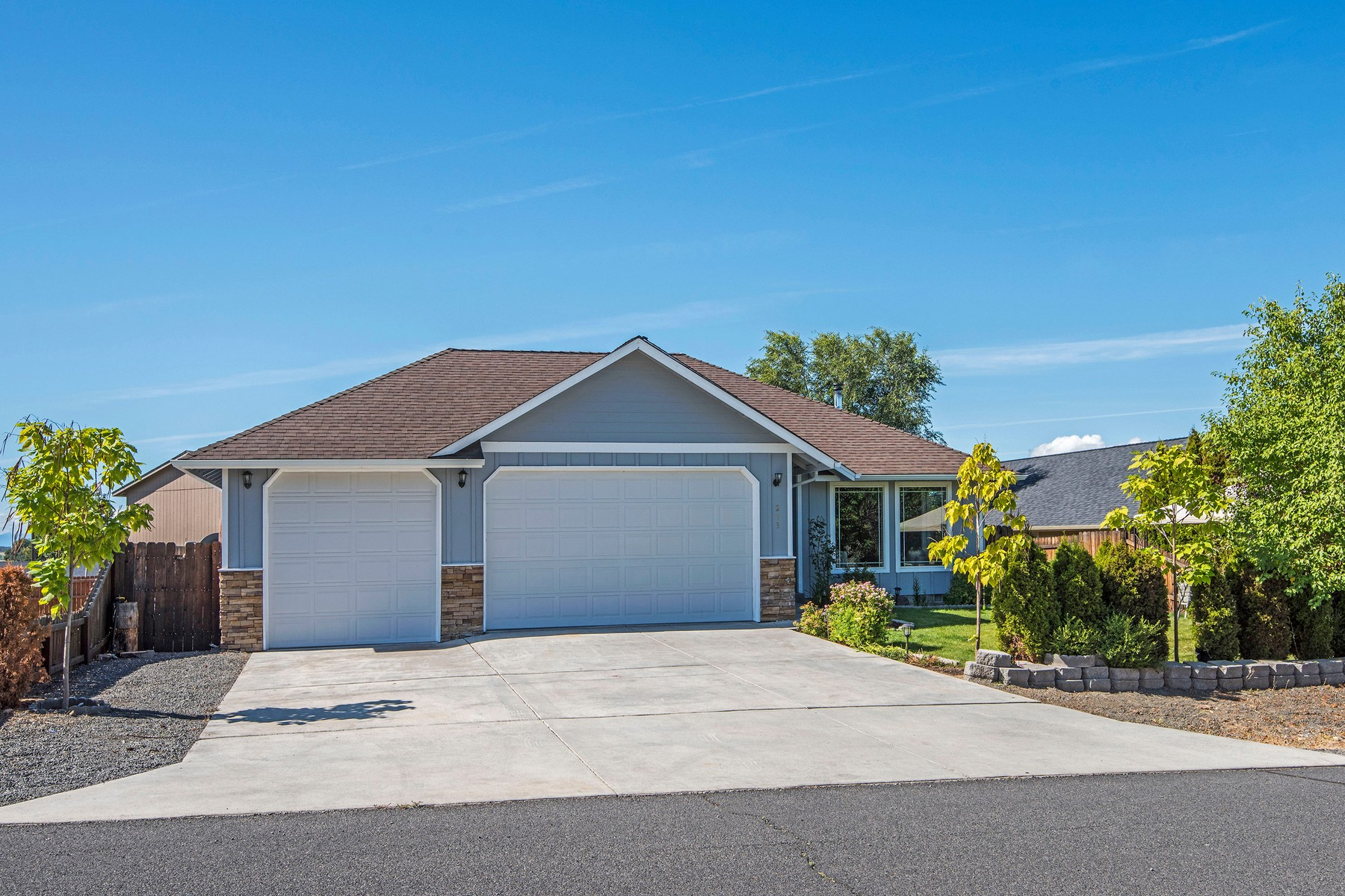 Single Family Homes için Satış at 293 Ridgeview Drive Culver. OR Culver, Oregon 97734 Amerika Birleşik Devletleri