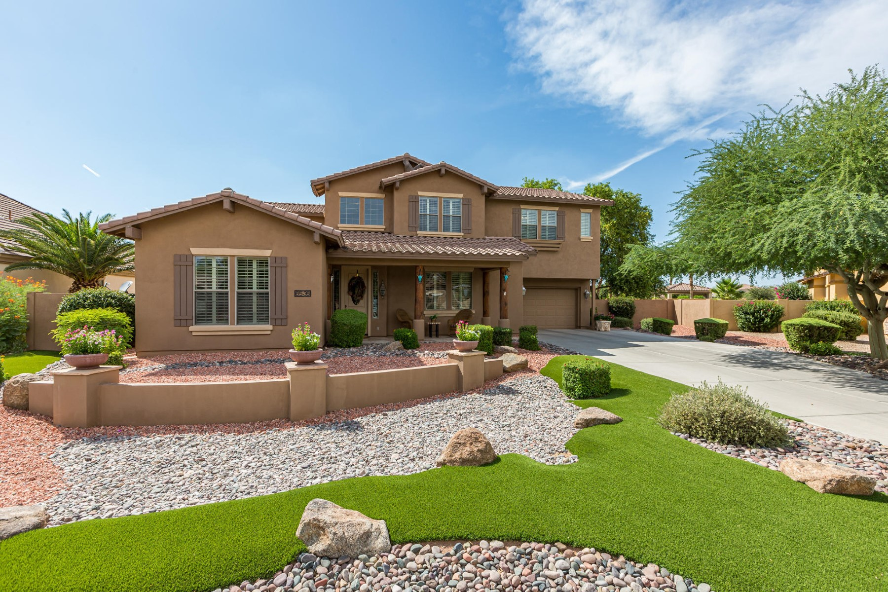 Single Family Homes for Active at Fieldstone Estates 6536 S ROBINS WAY Chandler, Arizona 85249 United States