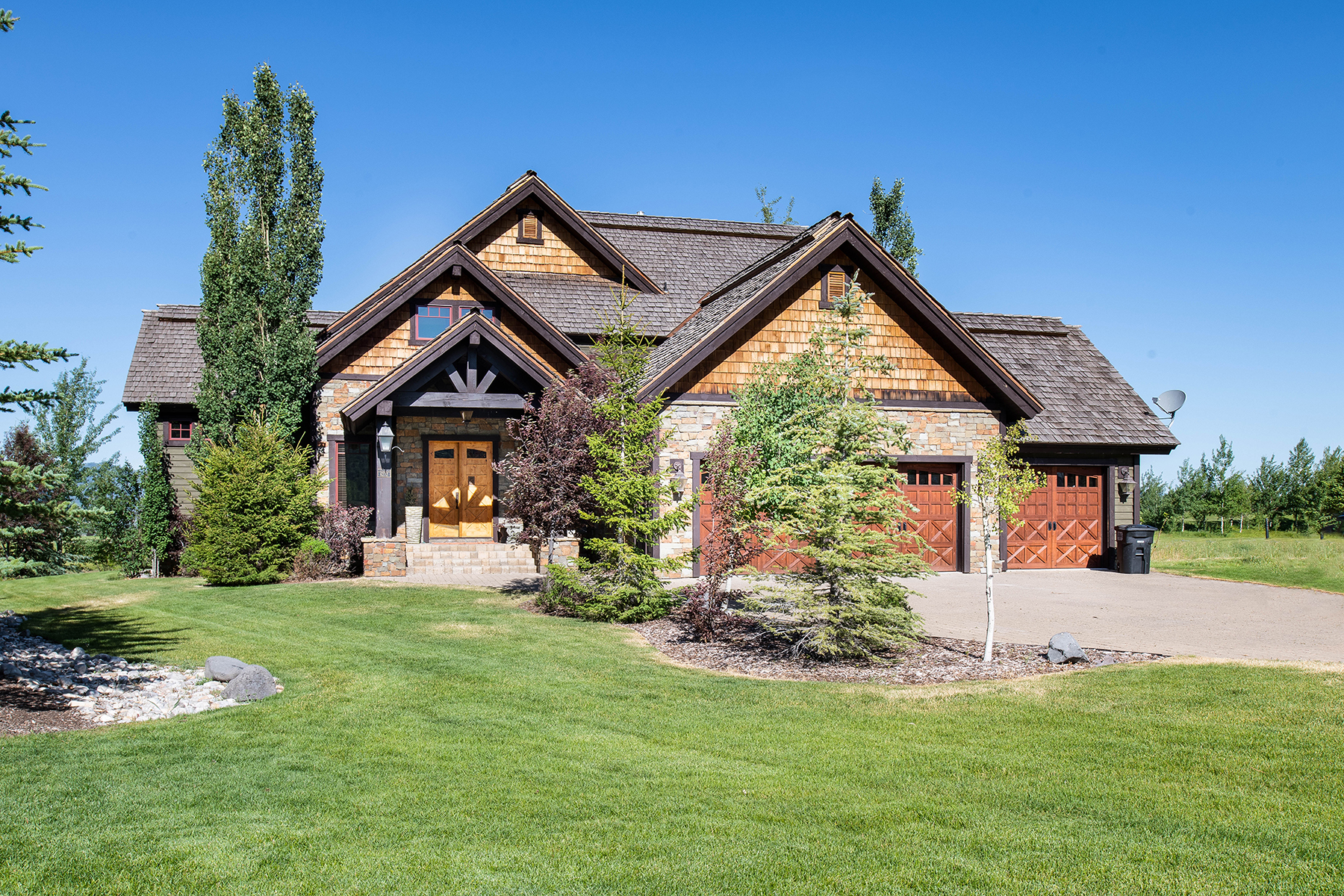 Single Family Homes for Sale at Mountain Living at Teton Reserve in Victor, ID 6272 Peregrine Victor, Idaho 83455 United States