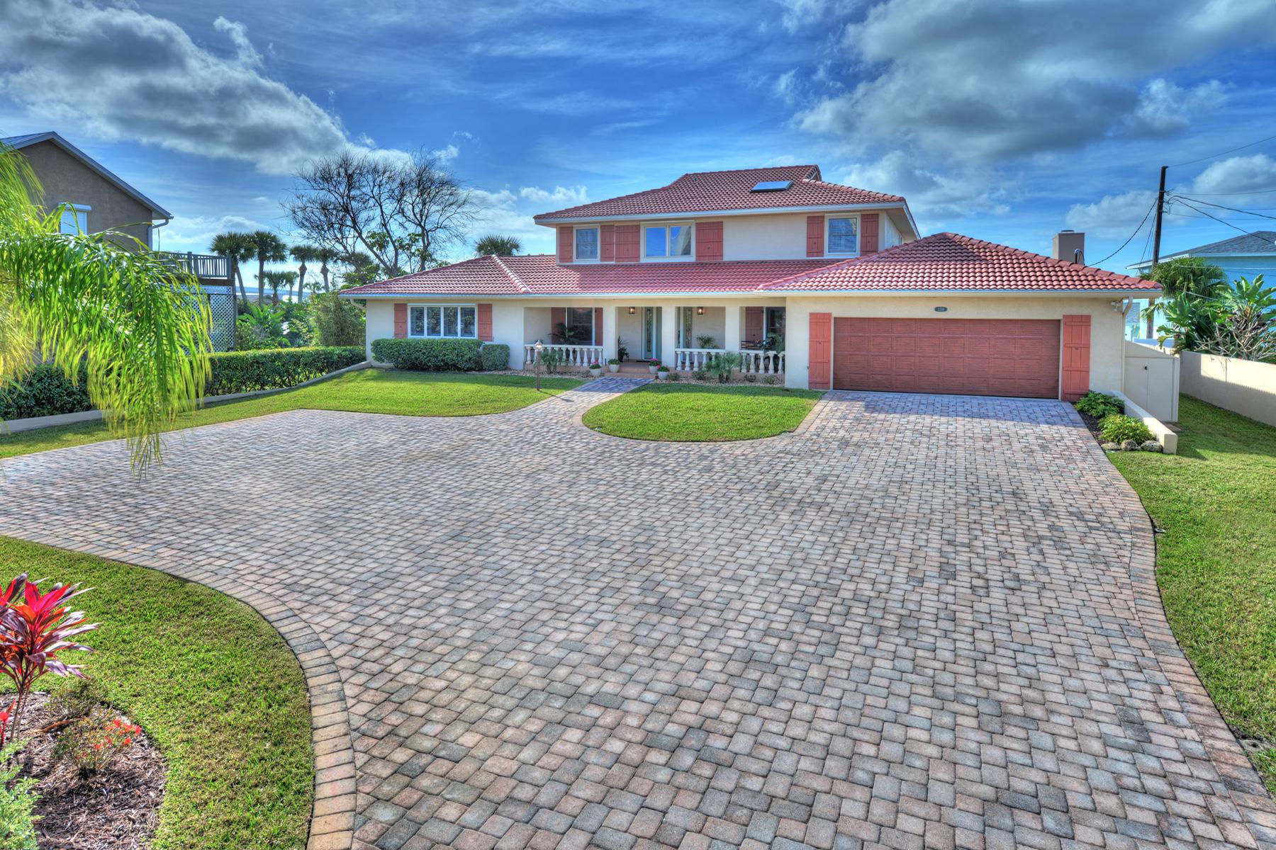 Single Family Homes for Active at 3318 PENINSULA 3318 S Peninsula Dr Port Orange, Florida 32127 United States