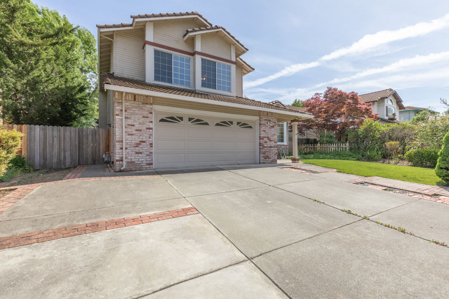Single Family Homes for Active at Live the Affordable Country Club Lifestyle 3309 Whitemarsh Lane Fairfield, California 94534 United States