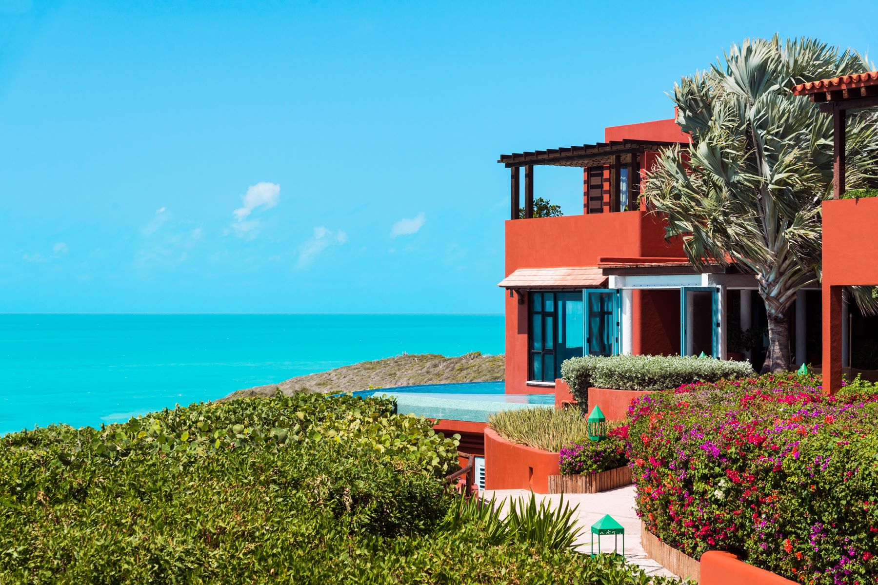 Additional photo for property listing at BAJACU Turtle Tail, Providenciales Islas Turcas Y Caicos