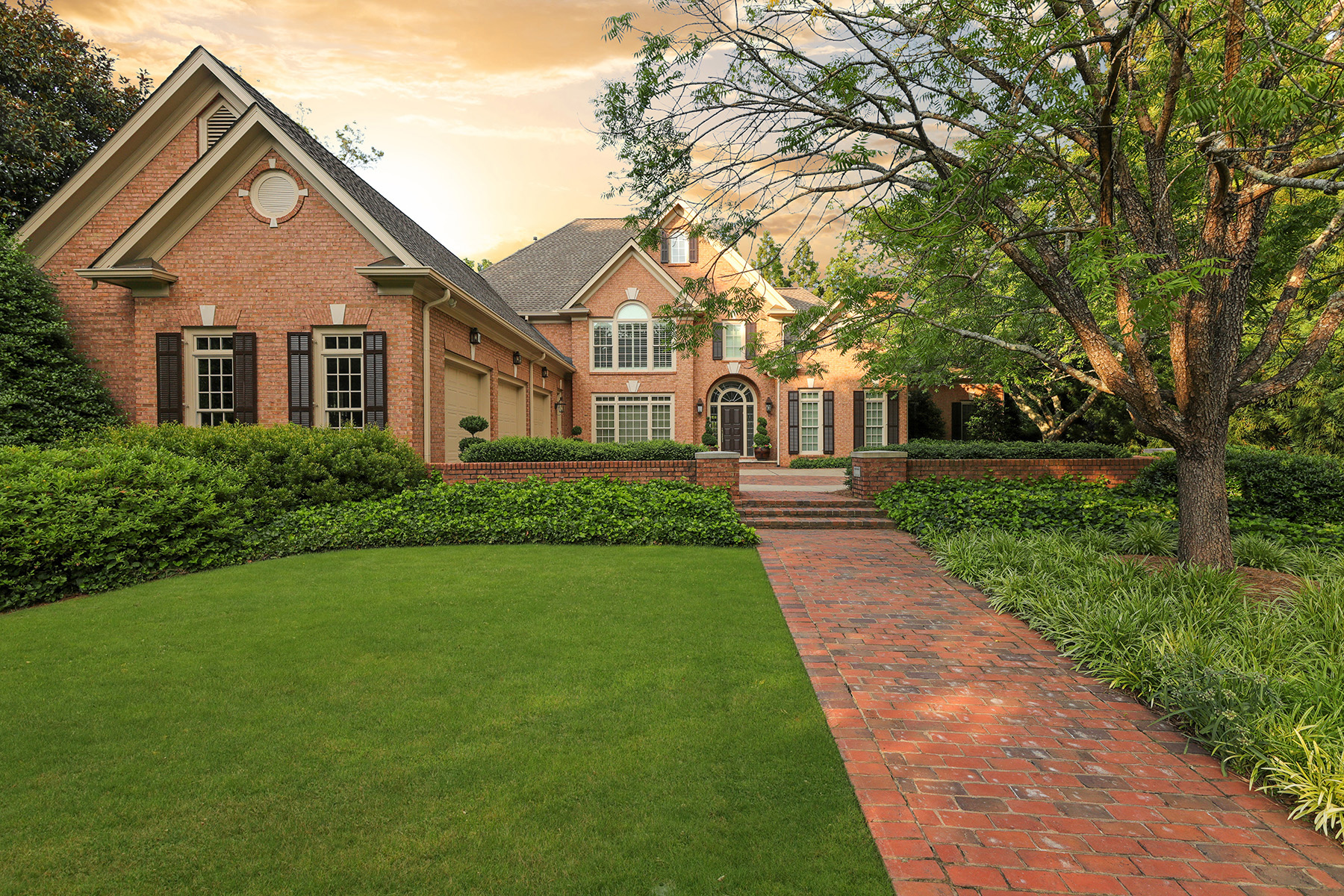 Single Family Homes for Sale at Elegant Country Club of the South Custom Home 3930 Merriweather Woods Johns Creek, Georgia 30022 United States