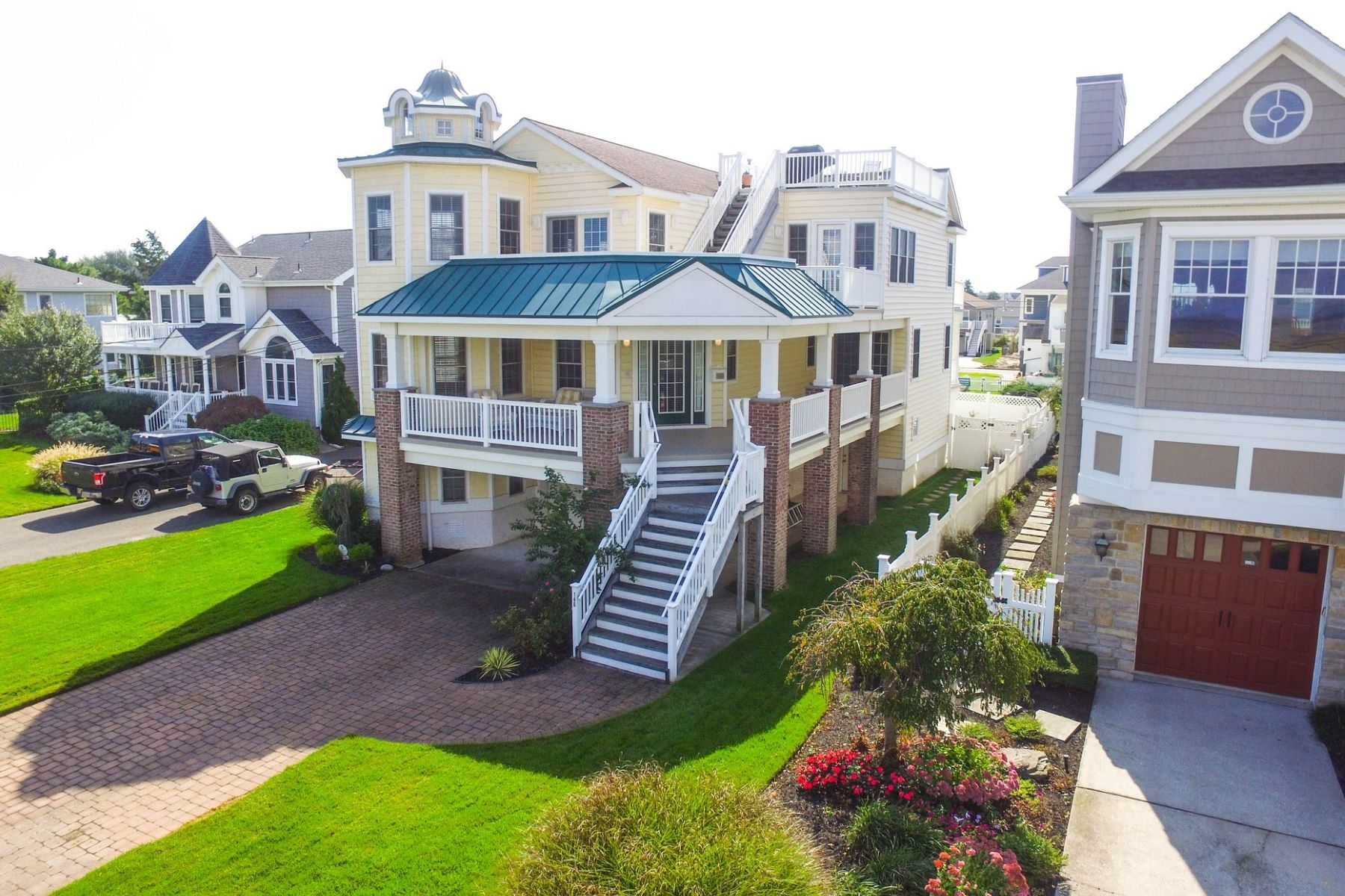 Single Family Home for Sale at Incredible Single Family Home 146 Roosevelt Blvd., Ocean City, New Jersey 08226 United States