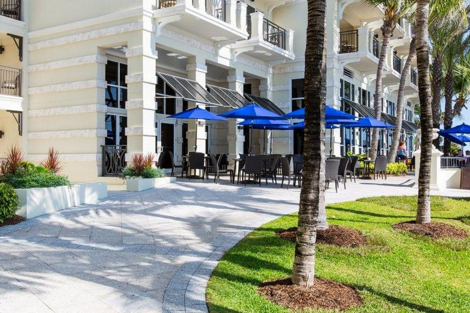 Additional photo for property listing at Lovely Condo in Vero Beach Hotel and Spa 3500 Ocean Drive #103 Vero Beach, Florida 32963 United States