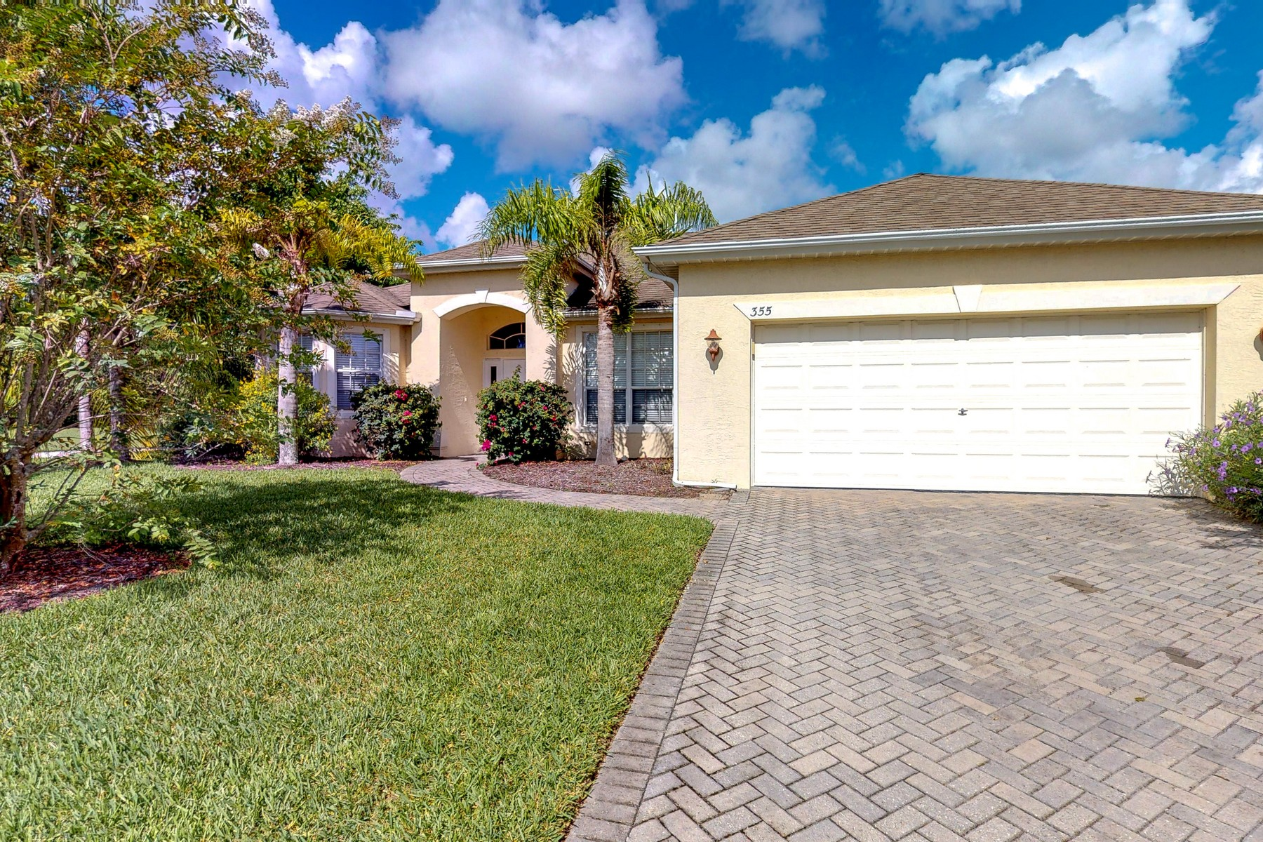 Single Family Homes for Sale at The Best Is Yours to Have in Citrus Springs 355 W Key Lime SQ SW Vero Beach, Florida 32968 United States