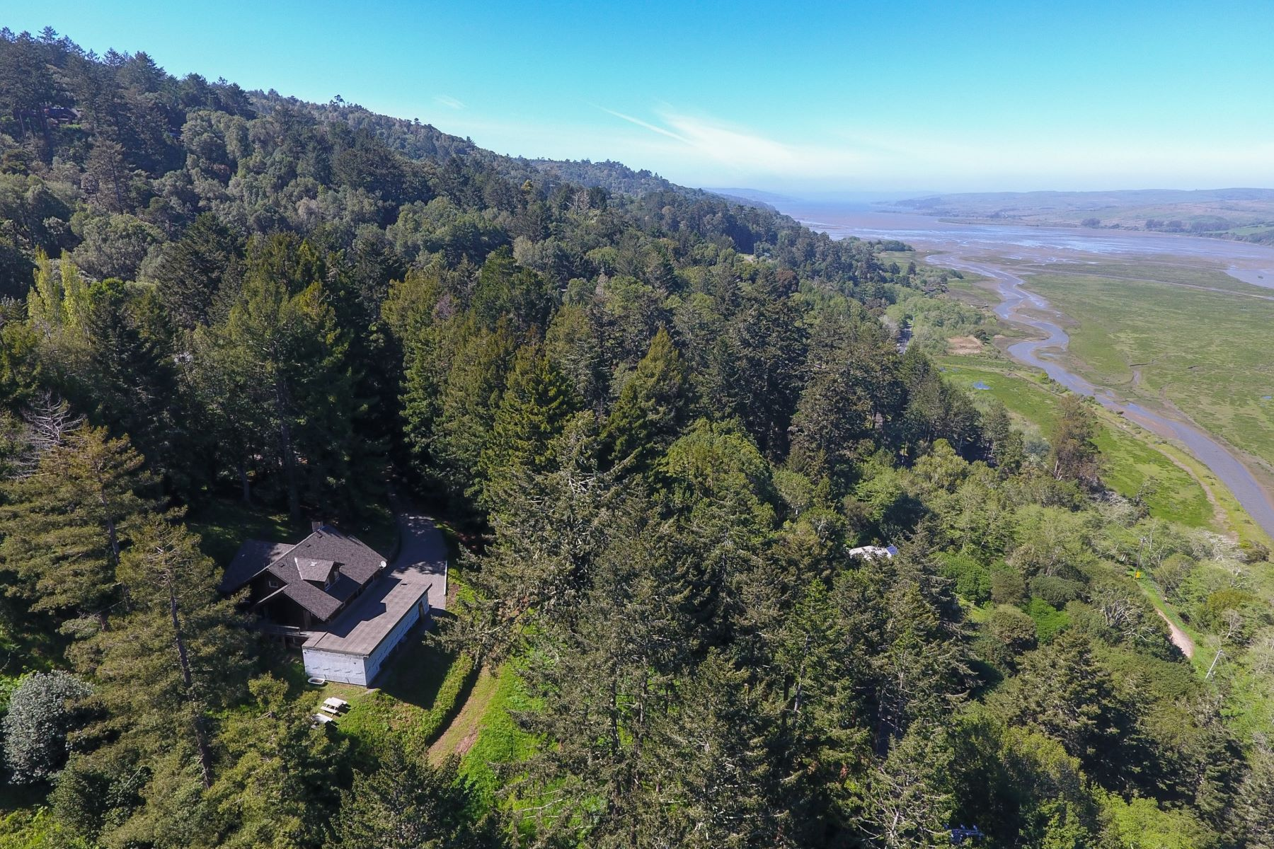 Additional photo for property listing at Vintage Inverness Home on 1.49 Acres, Stunning Water Views 15 Drakes View Drive Inverness, California 94937 United States