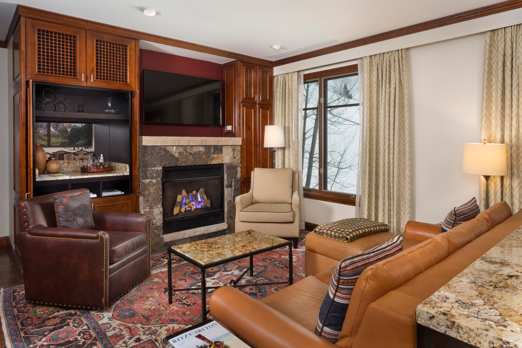 Fractional Ownership Properties por un Venta en Two Bedroom Ritz Carlton Club - Aspen Highlands 0075 Prospector Road Unit 8411 - Winter Preferred Interest #15 Aspen, Colorado 81611 Estados Unidos