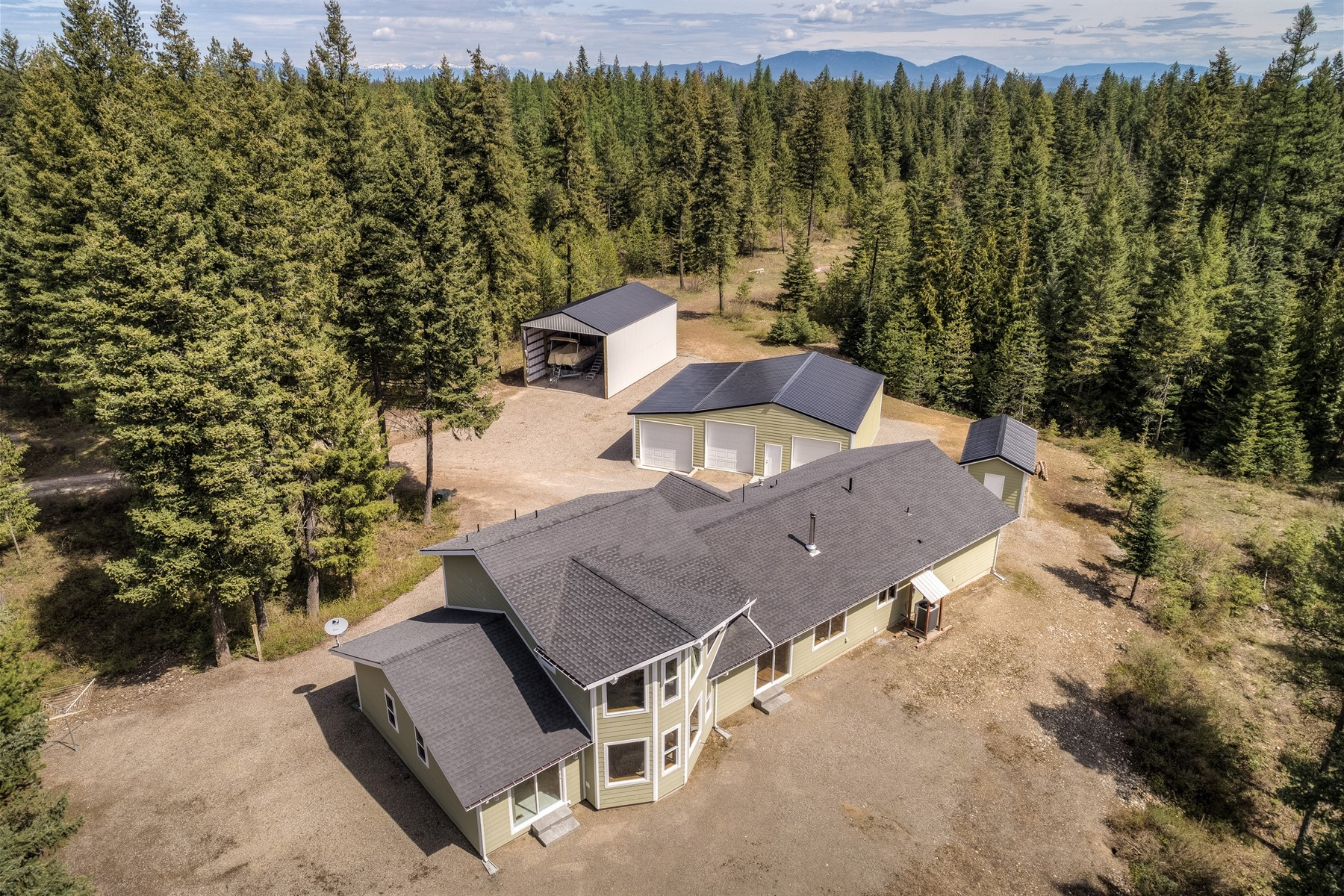 Single Family Home for Active at Completely Updated Home On Over 13 Acres 16444 W Coeur d'Alene Spirit Lake, Idaho 83869 United States