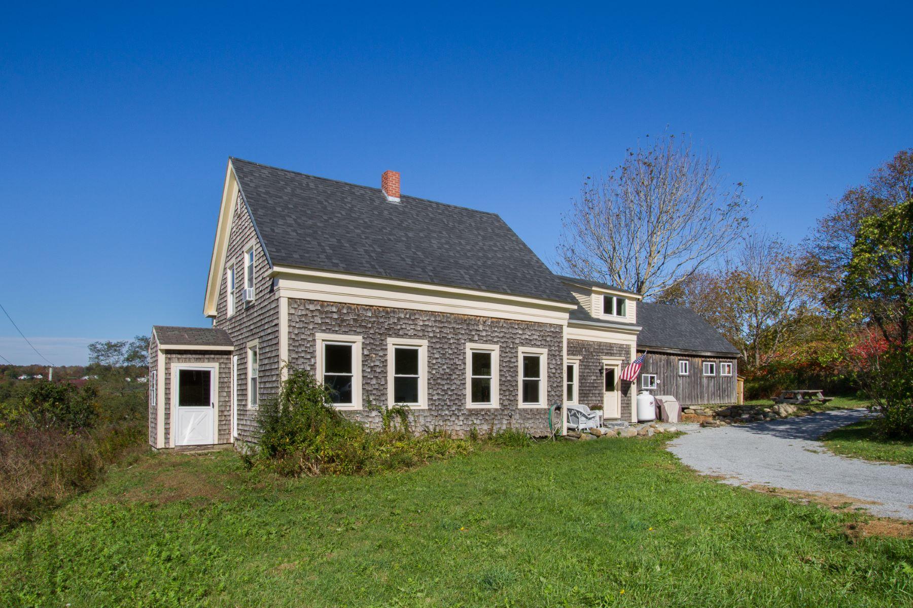独户住宅 为 销售 在 259 Talbot Ave 罗克兰, 缅因州, 04841 美国