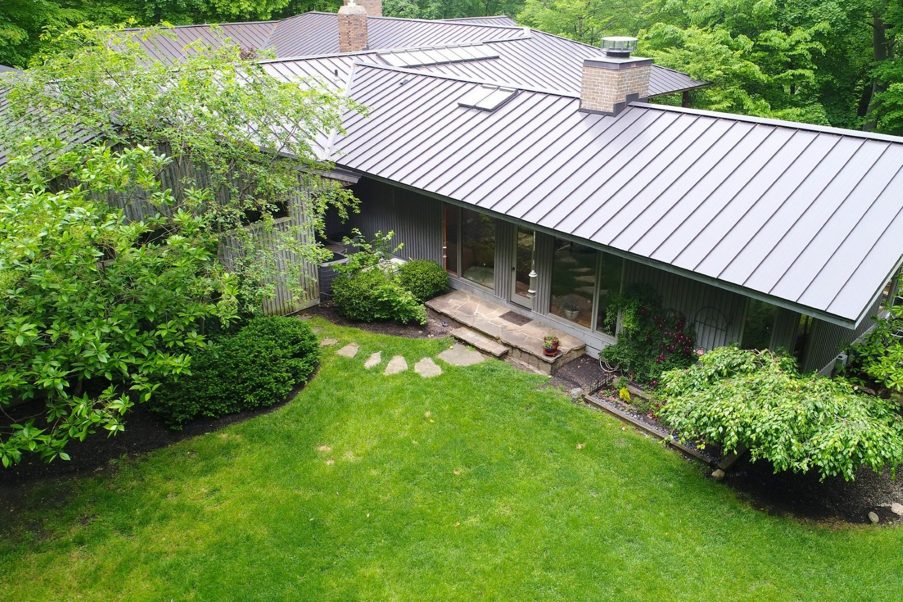 Additional photo for property listing at 2610 Slate Run  Upper Arlington, Ohio 43220 United States