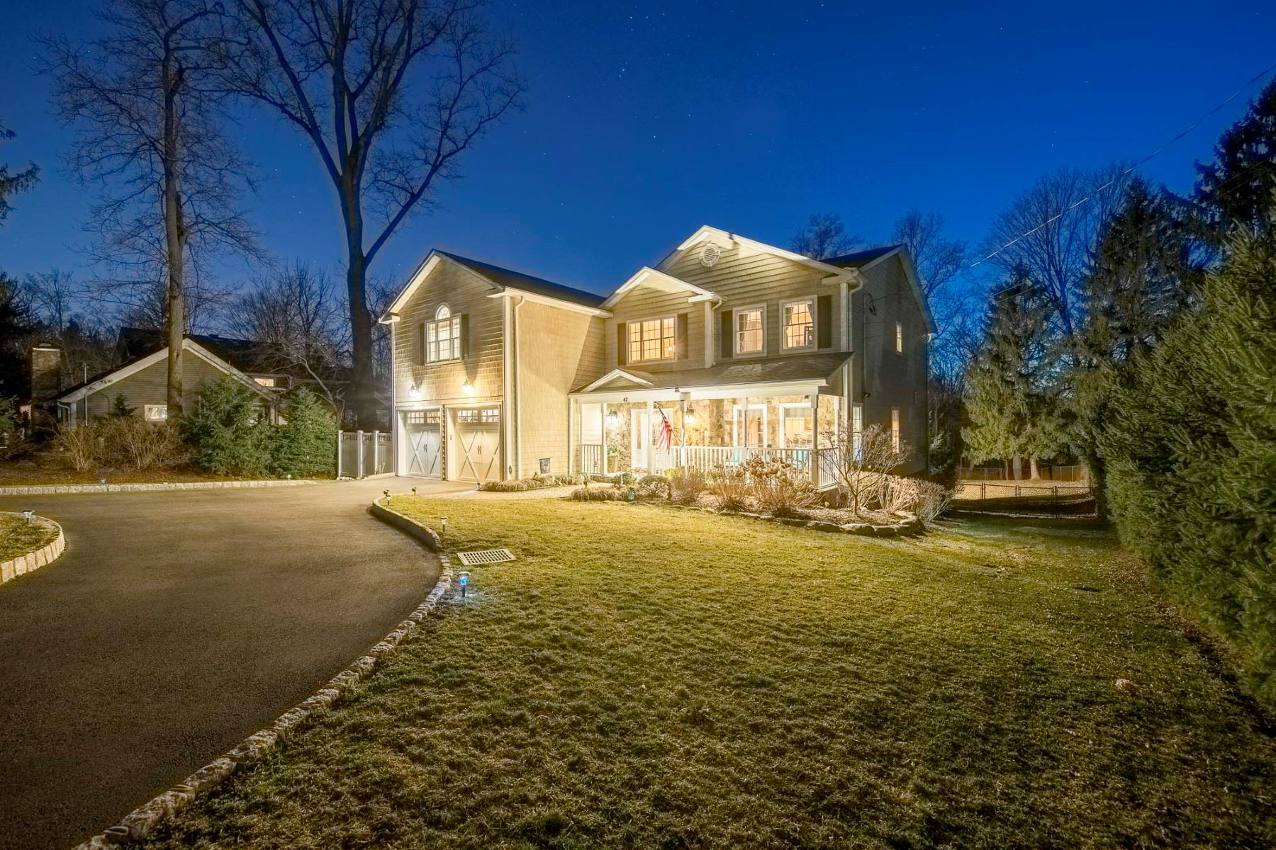 Single Family Homes pour l Vente à Custom Home 42 Spring Valley Road, Montvale, New Jersey 07645 États-Unis