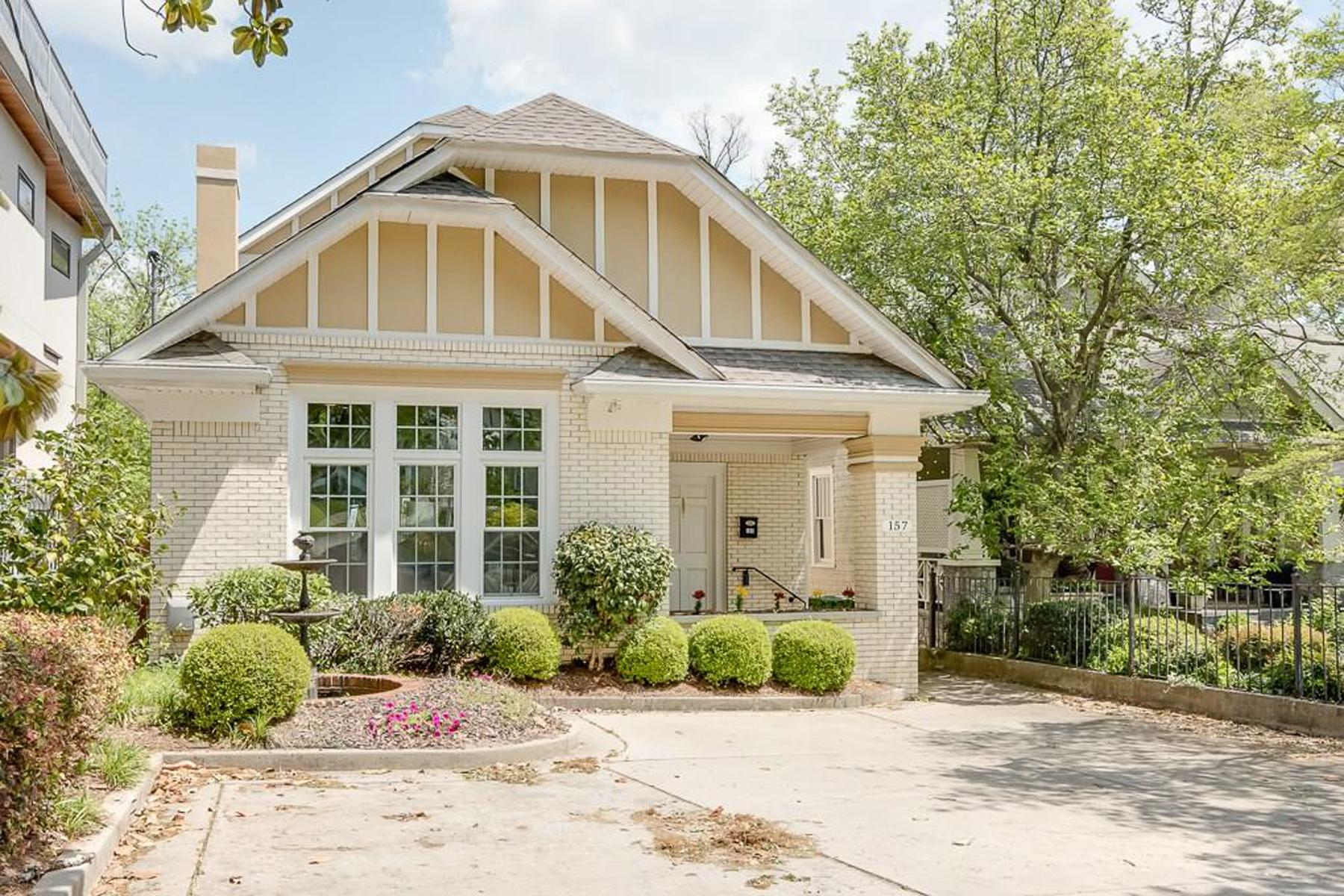Moradia para Venda às Spacious Ansley Park Bungalow 157 The Prado Atlanta, Geórgia 30309 Estados Unidos