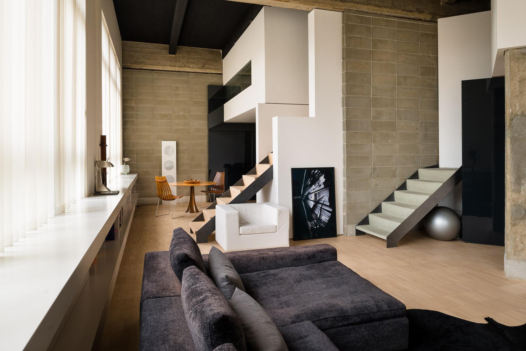Appartamento per Vendita alle ore Loft contemporaneo con terrazzo Corso Vercelli Torino, Torino 10152 Italia