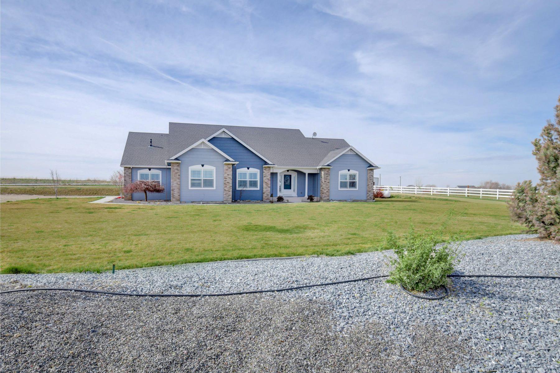 Single Family Home for Active at 9075 Greenhurst, Kuna 9075 S Greenhurst Kuna, Idaho 83634 United States