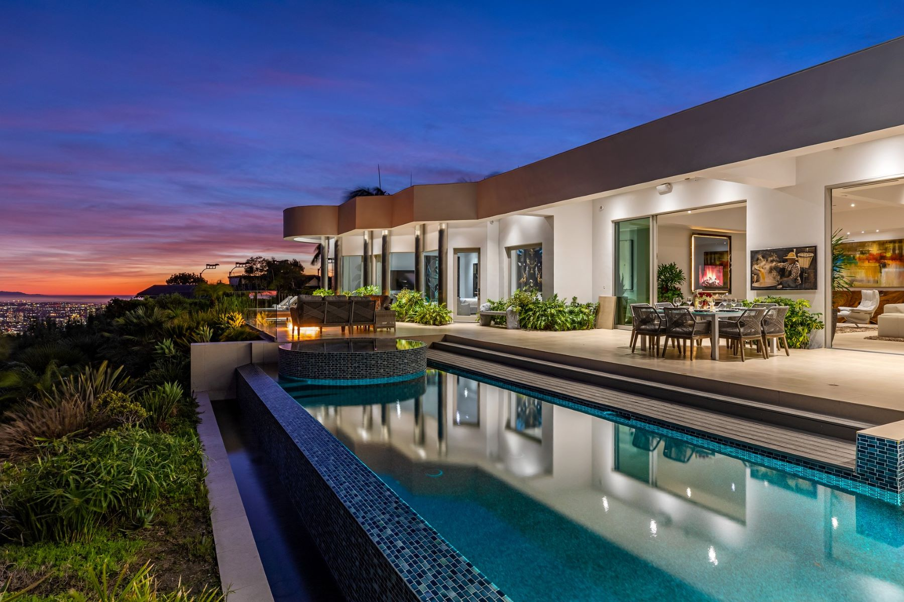 Single Family Homes for Sale at 440 Martin Lane Beverly Hills, California 90210 United States
