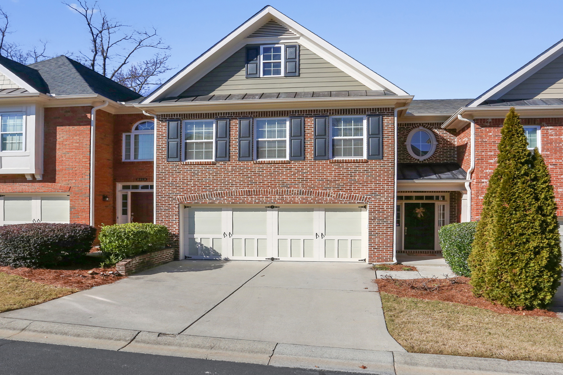 Condominium for Sale at Villages at Huntcrest in Gwinnett 2410 Strand Avenue Lawrenceville, Georgia 30043 United States