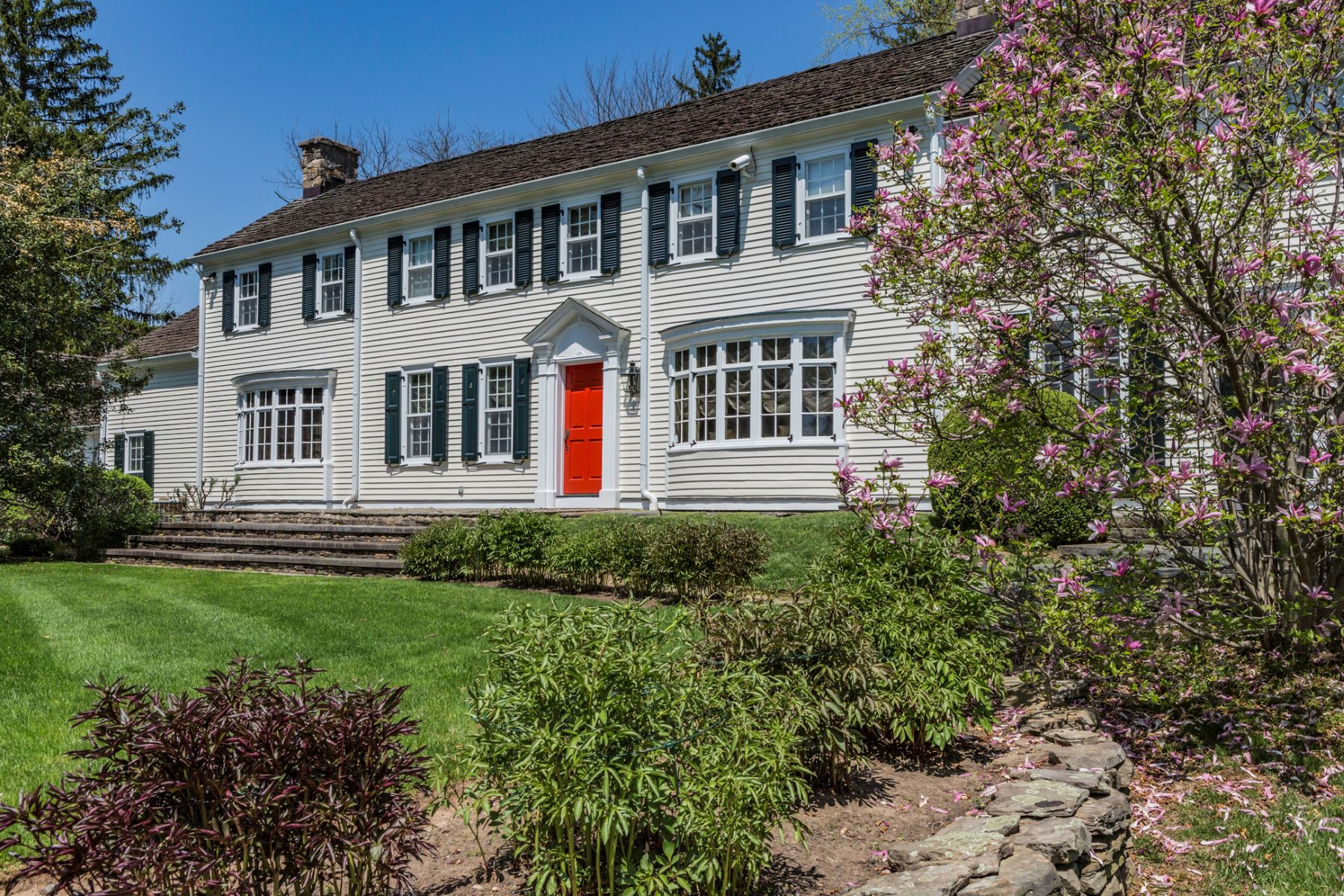 Single Family Homes for Sale at A Good-For-The-Soul Spirit Embodies This Home 179 Stony Brook Road, Hopewell, New Jersey 08525 United States
