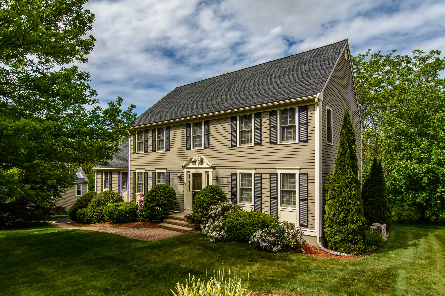 Single Family Home for Sale at Exquisite Colonial 12 Piccadilly Way Westborough, Massachusetts 01581 United States